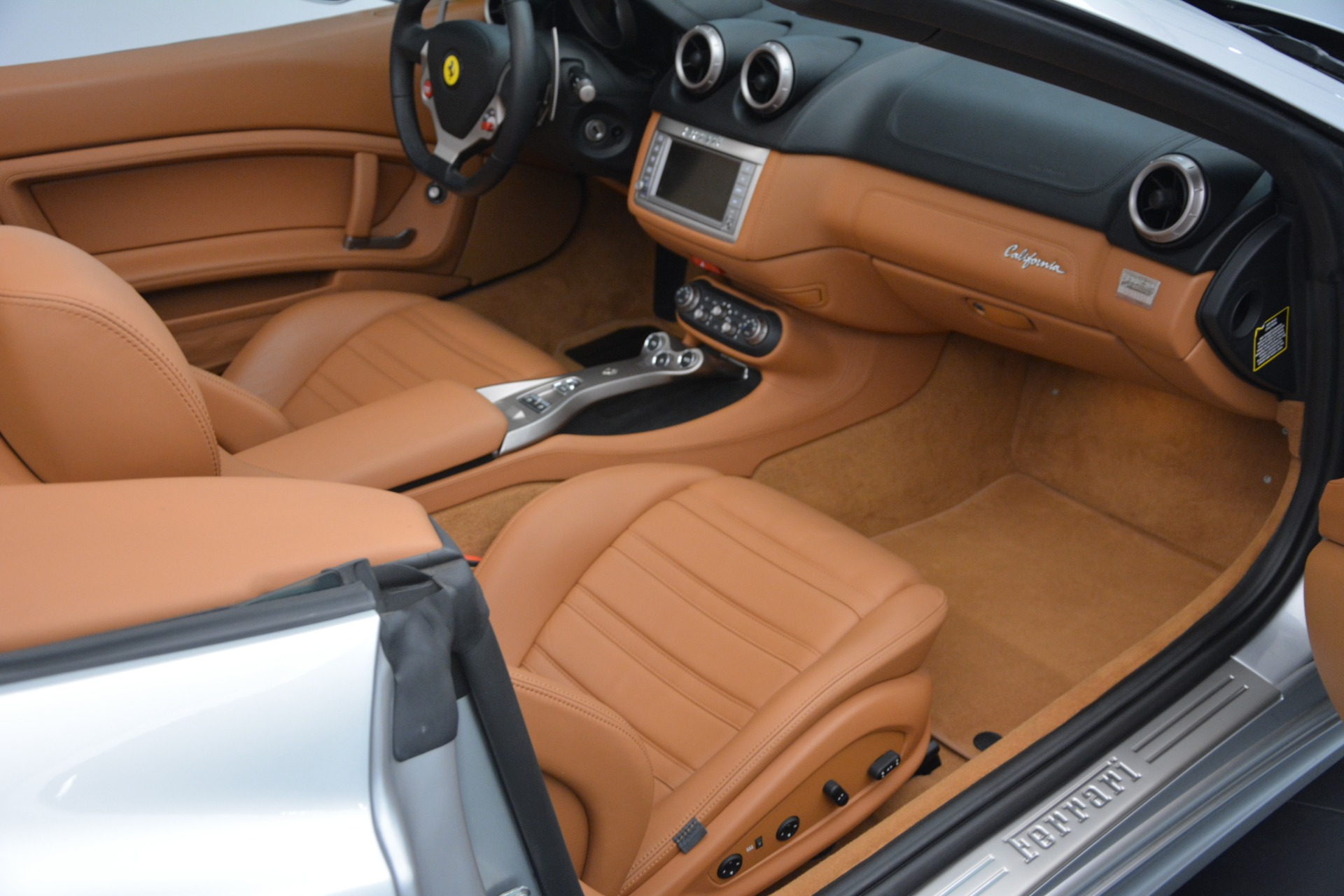 Used 2010 Ferrari California  For Sale In Westport, CT 2732_p30