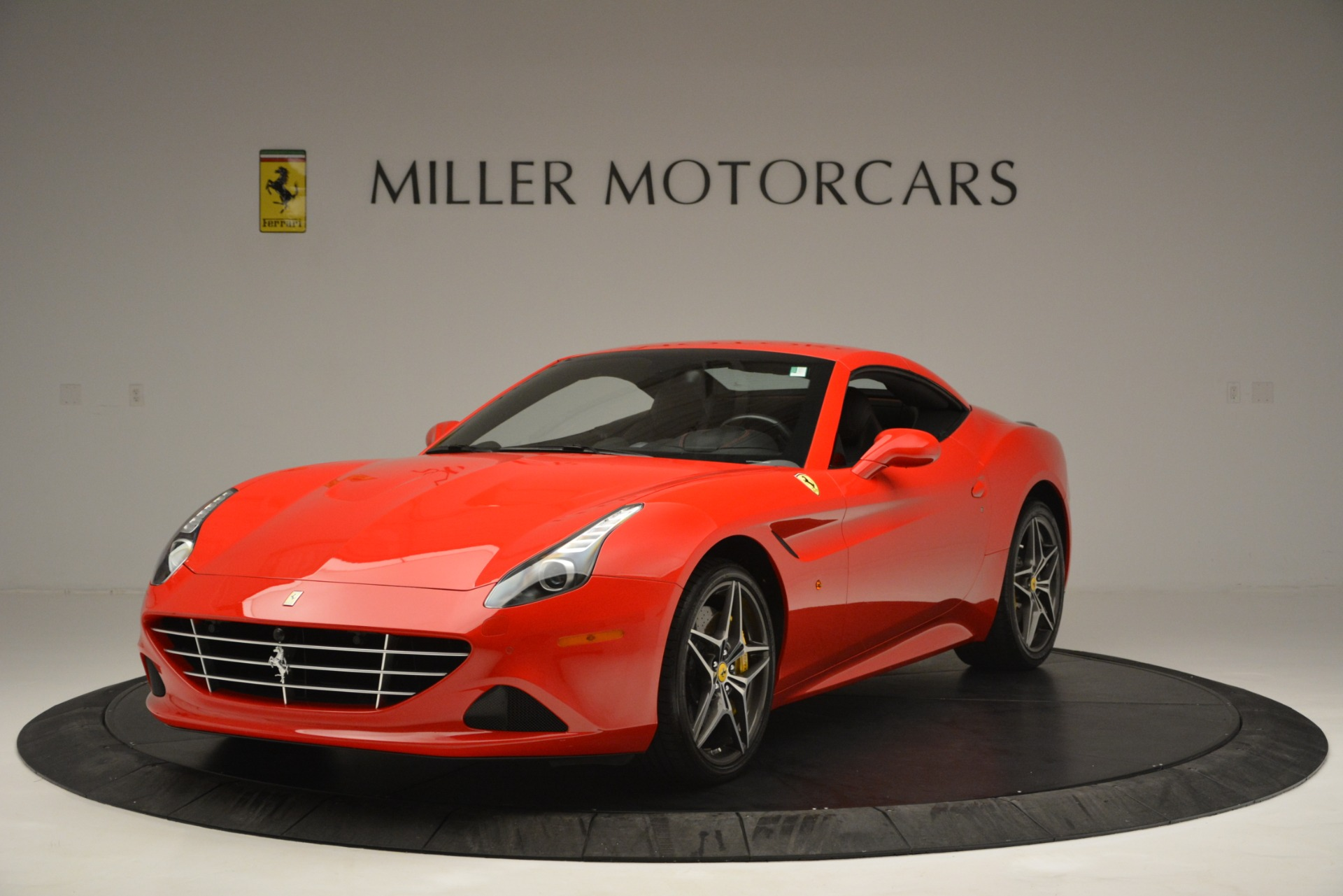 Used 2016 Ferrari California T  For Sale In Westport, CT 2734_p13