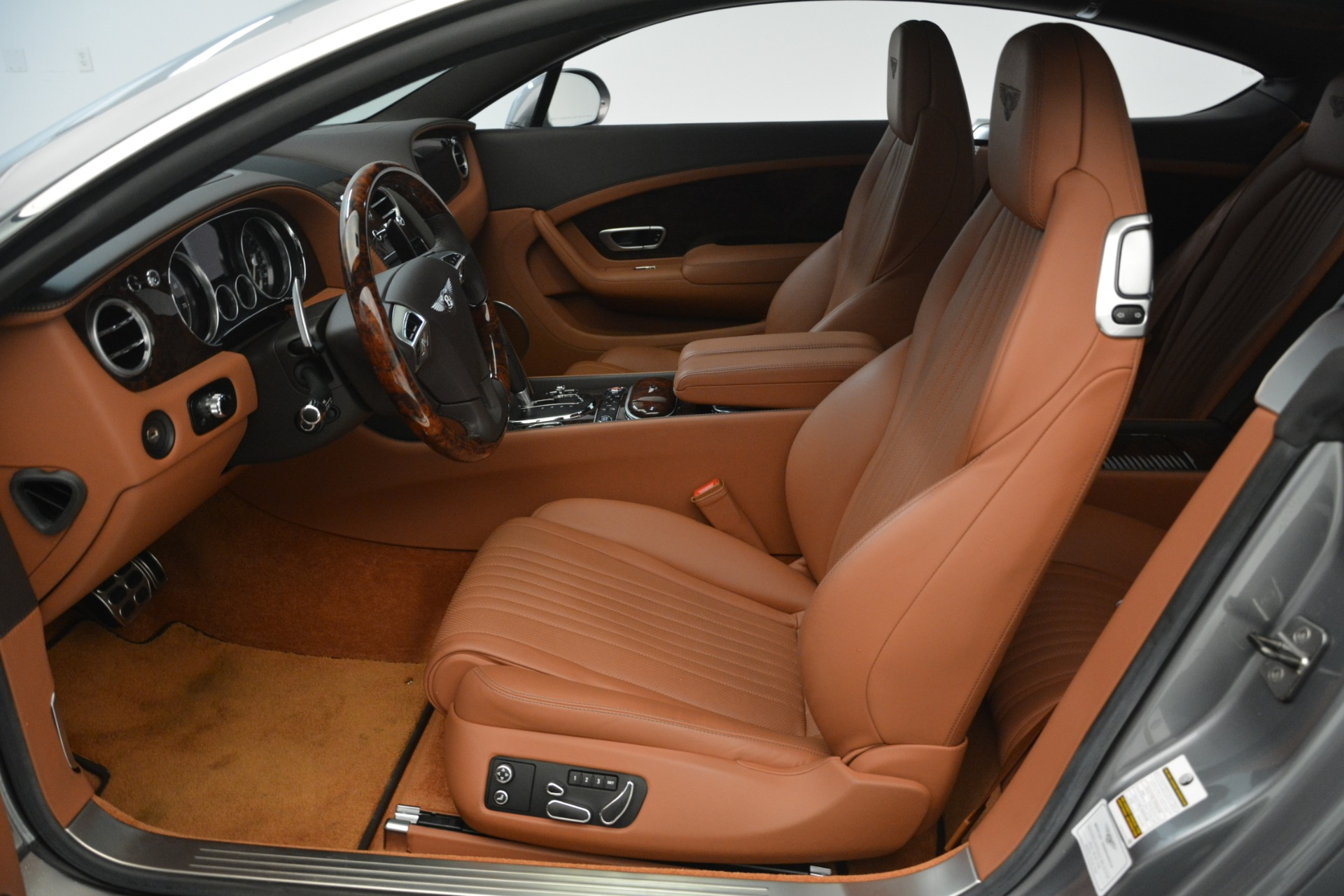 Used 2016 Bentley Continental GT W12 For Sale In Westport, CT 2757_p18