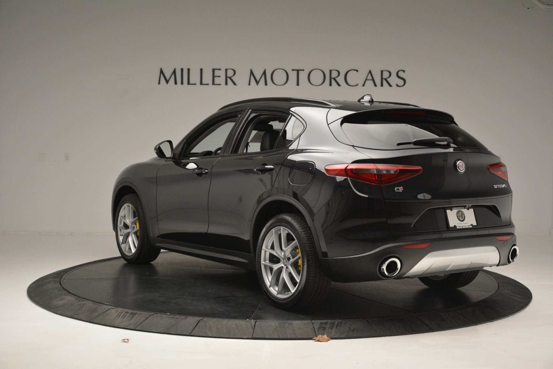 New 2019 Alfa Romeo Stelvio Sport Q4 For Sale In Westport, CT 2758_p5