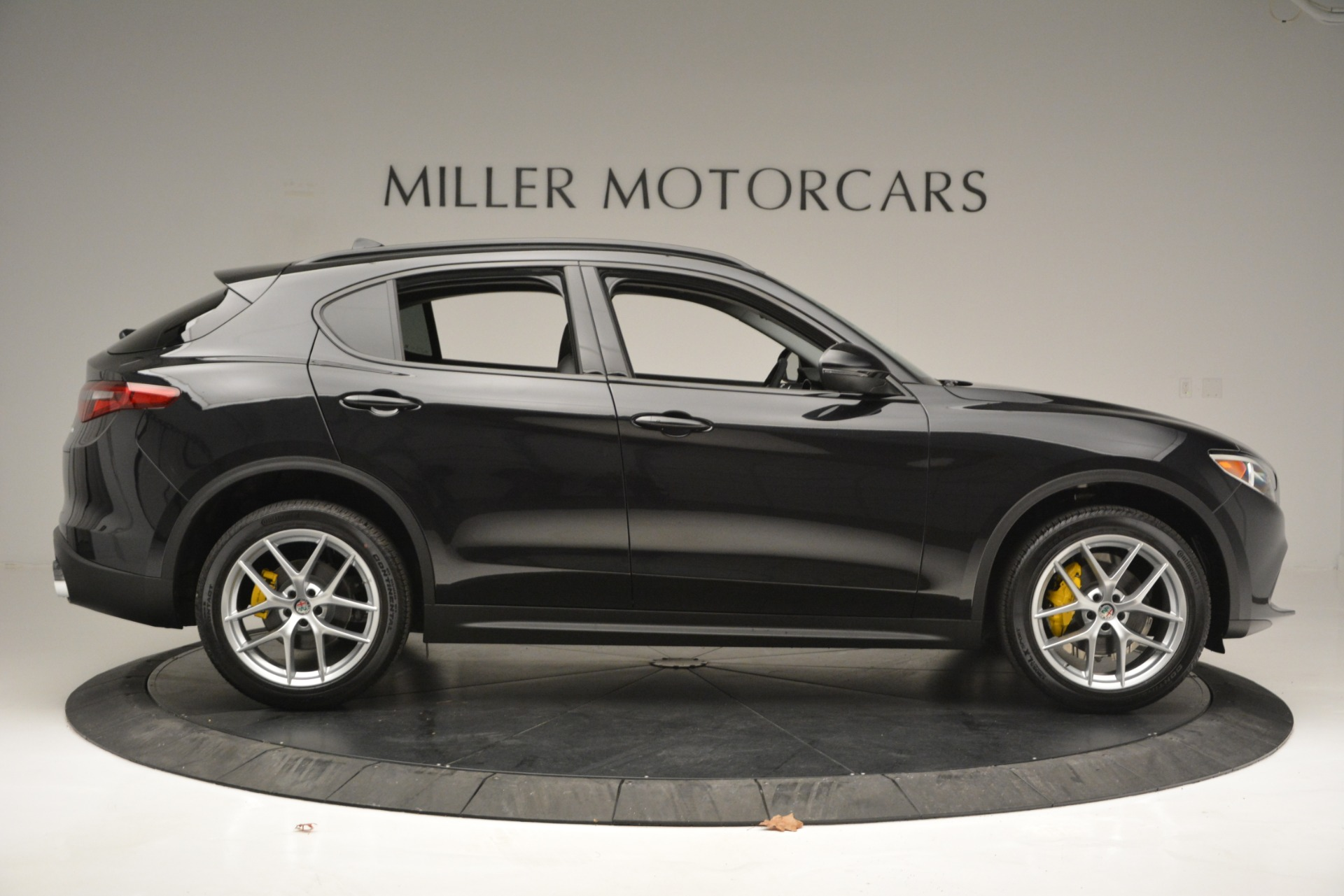 New 2019 Alfa Romeo Stelvio Sport Q4 For Sale In Westport, CT 2758_p9