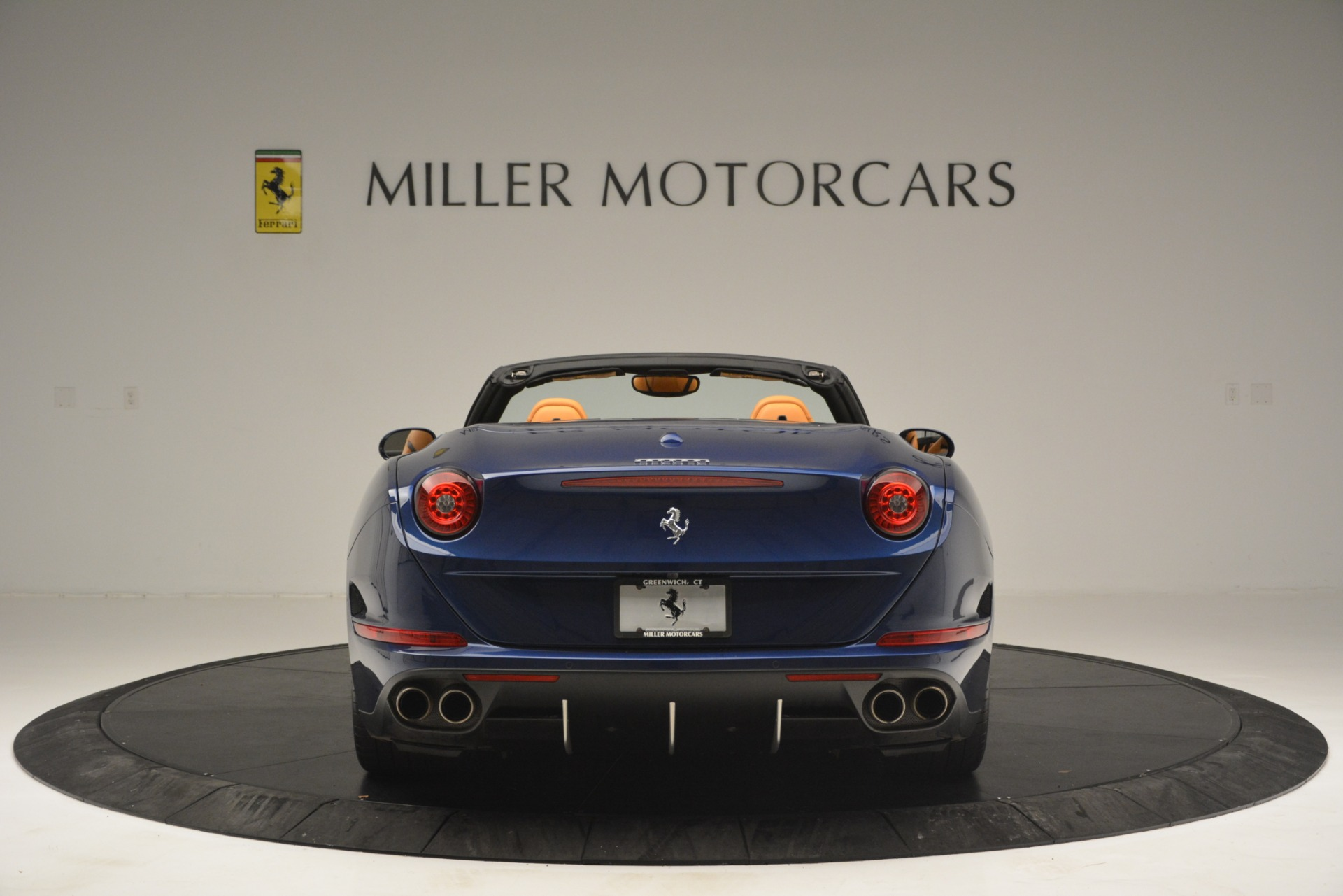 Used 2016 Ferrari California T  For Sale In Westport, CT 2773_p6