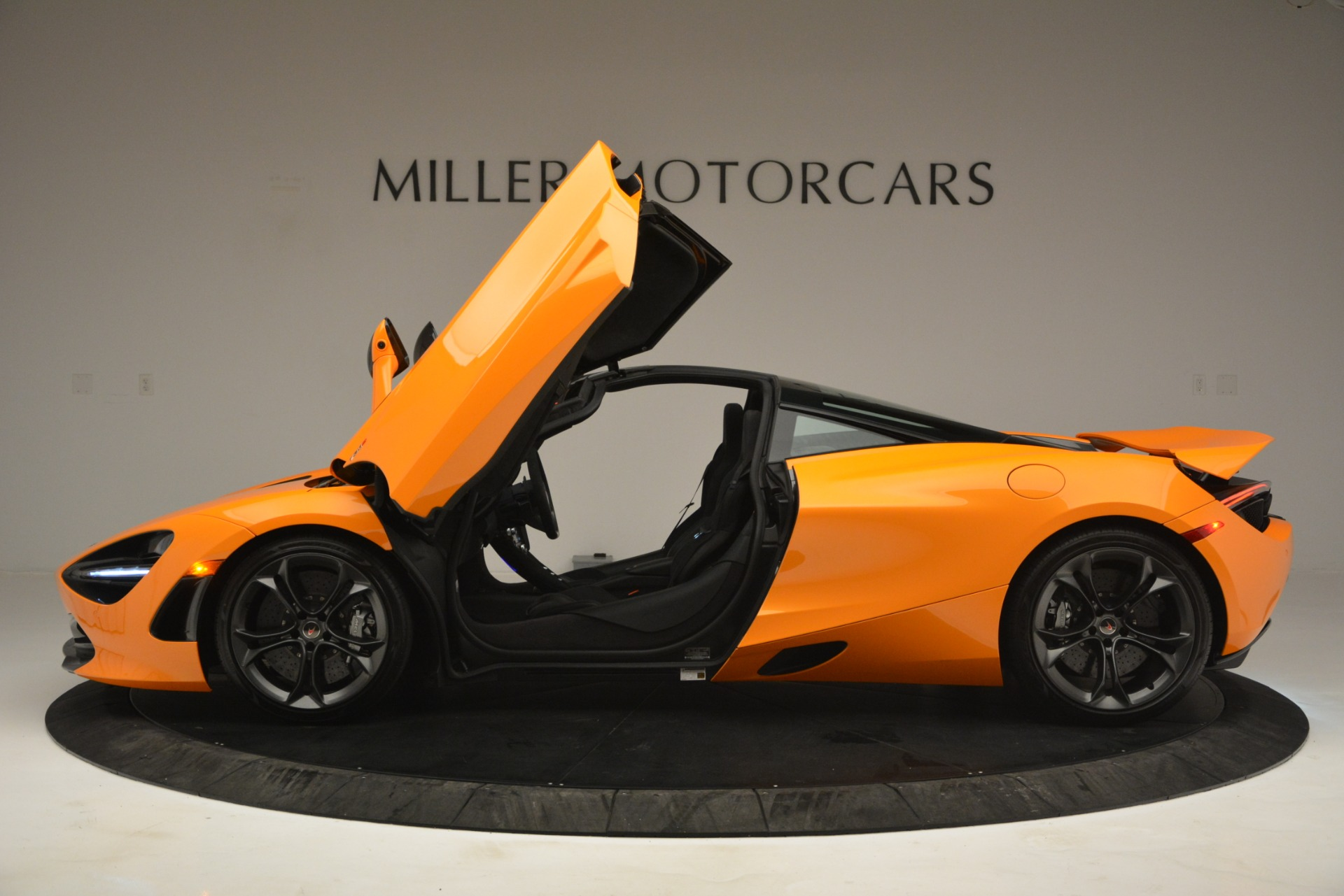 Used 2018 McLaren 720S Performance For Sale In Westport, CT 2780_p15