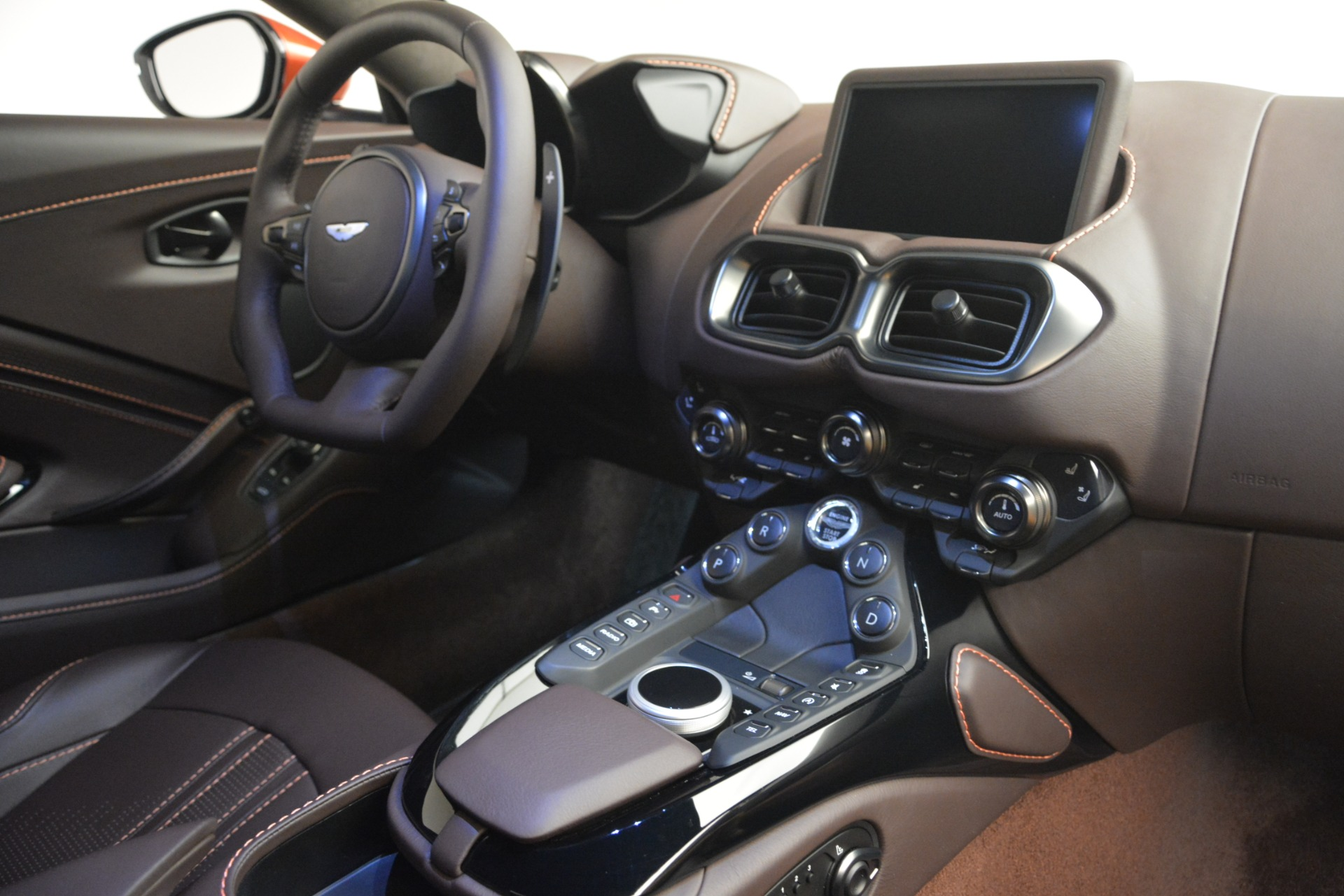 Used 2019 Aston Martin Vantage Coupe For Sale In Westport, CT 2784_p17