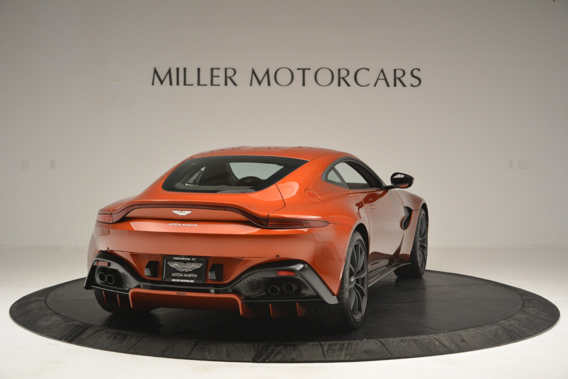 Used 2019 Aston Martin Vantage Coupe For Sale In Westport, CT 2784_p7