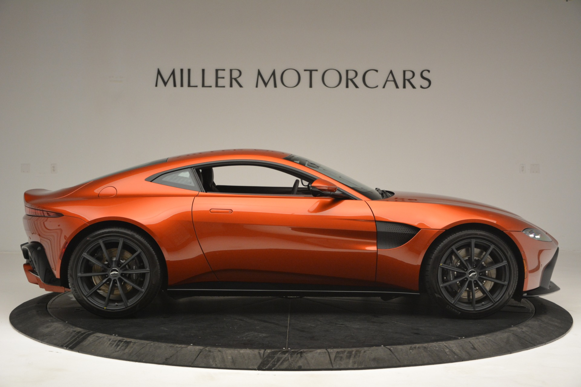 Used 2019 Aston Martin Vantage Coupe For Sale In Westport, CT 2784_p9
