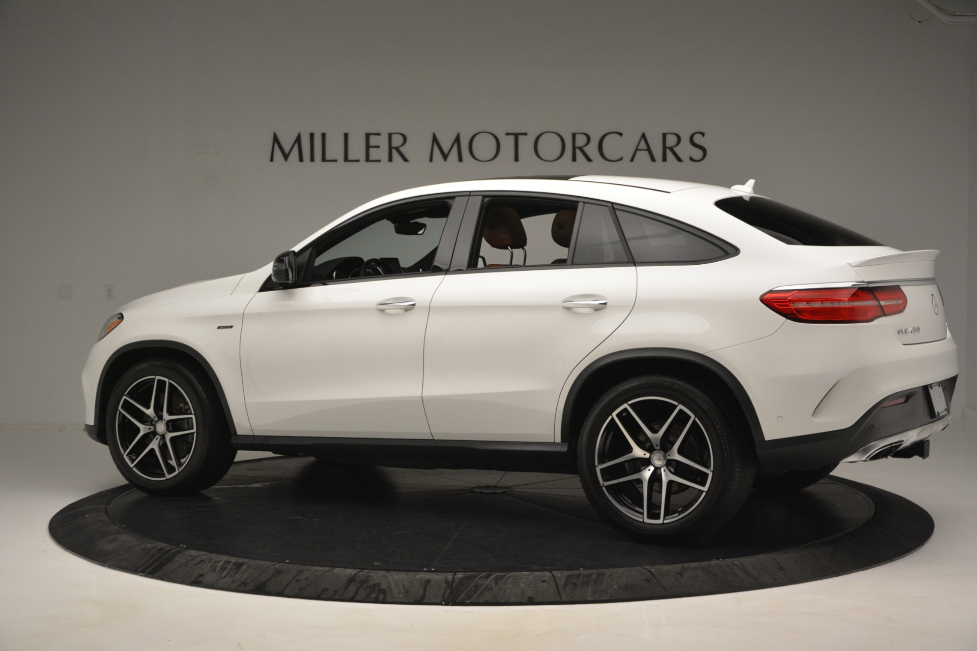 Used 2016 Mercedes-Benz GLE 450 AMG Coupe 4MATIC For Sale In Westport, CT 2787_p4