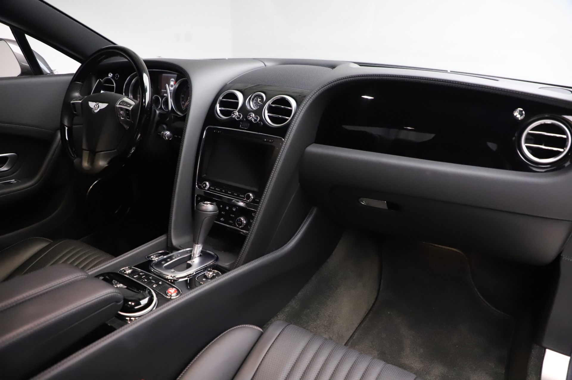 Used 2016 Bentley Continental GT W12 For Sale In Westport, CT 28_p18