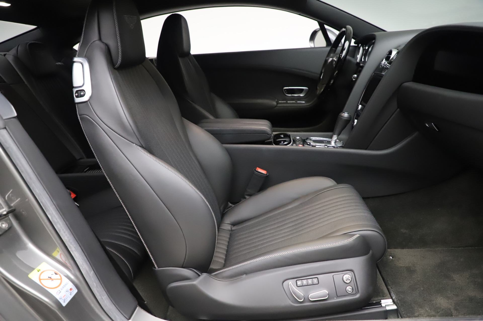 Used 2016 Bentley Continental GT W12 For Sale In Westport, CT 28_p19