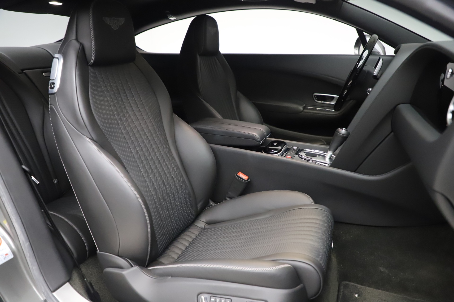 Used 2016 Bentley Continental GT W12 For Sale In Westport, CT 28_p20