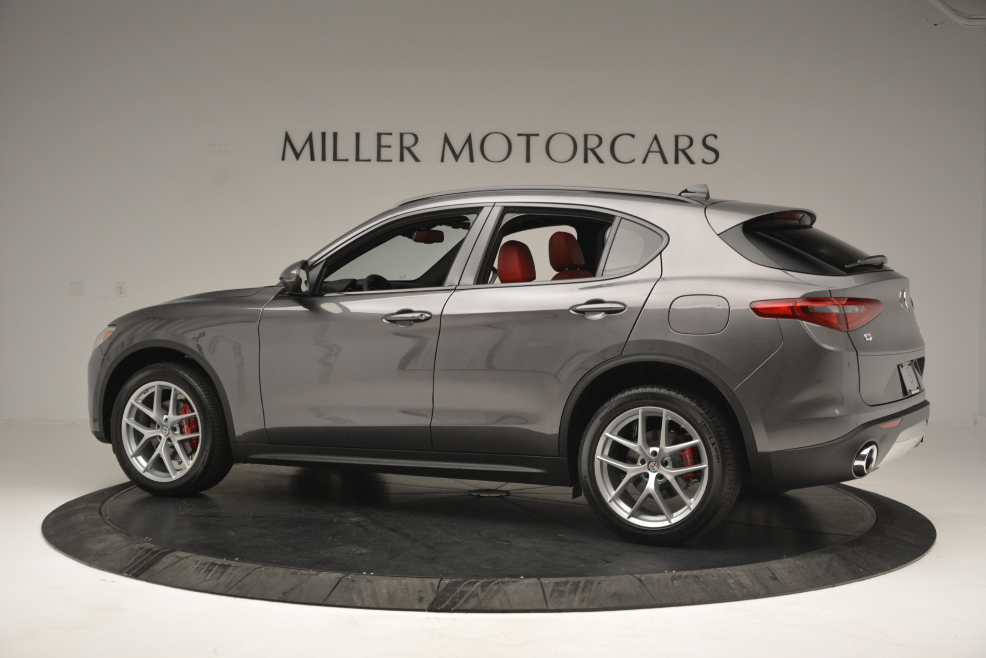 New 2019 Alfa Romeo Stelvio Sport Q4 For Sale In Westport, CT 2809_p4