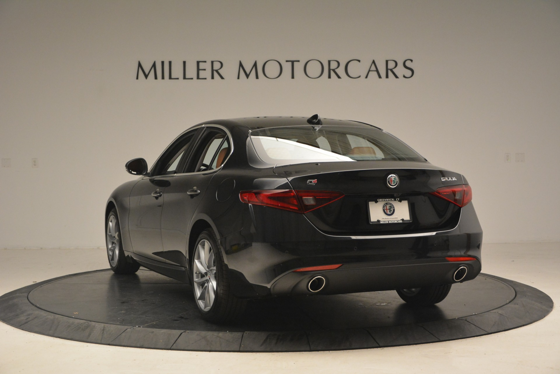 New 2019 Alfa Romeo Giulia Q4 For Sale In Westport, CT 2820_p5