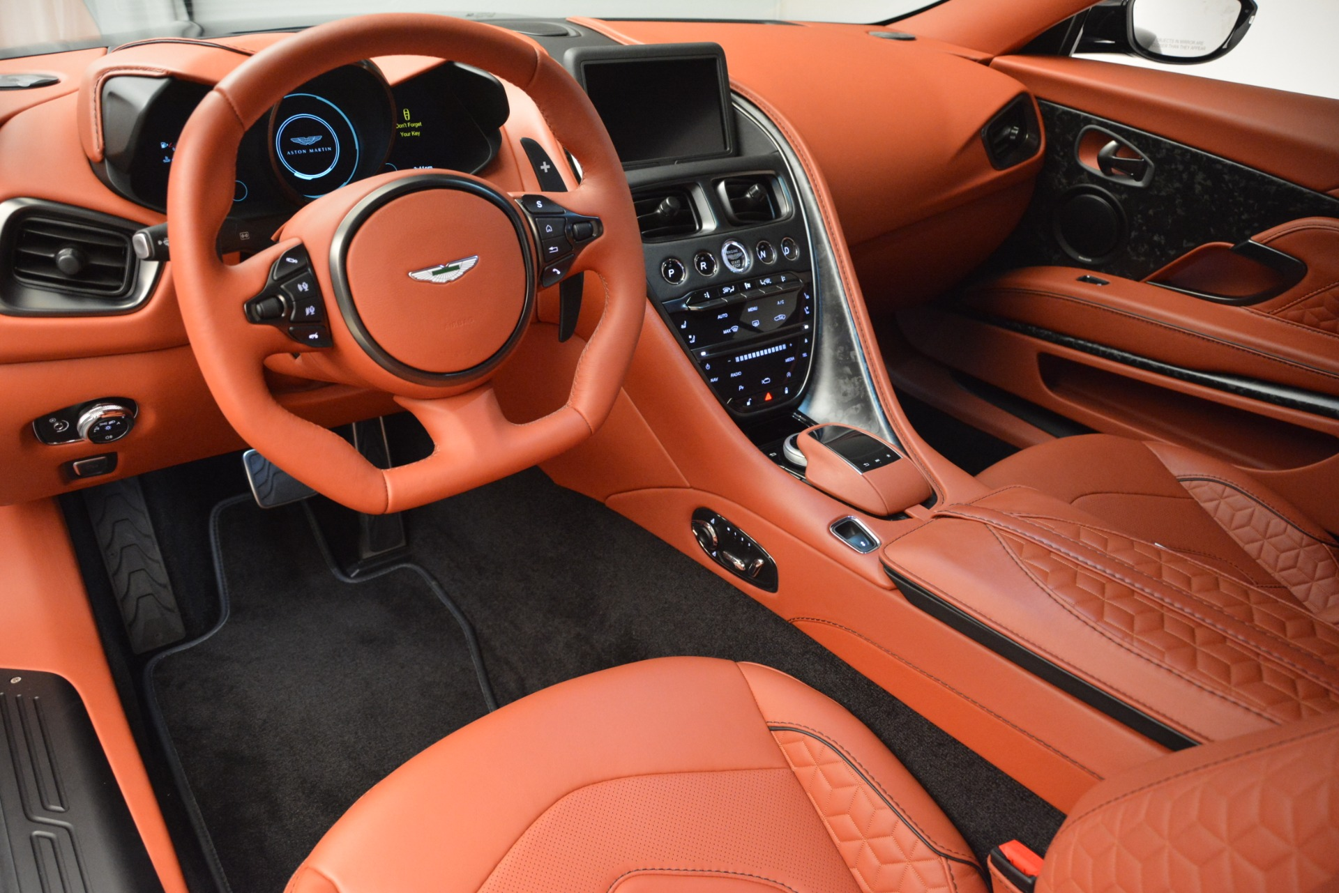 New 2019 Aston Martin DBS Superleggera For Sale In Westport, CT 2827_p19