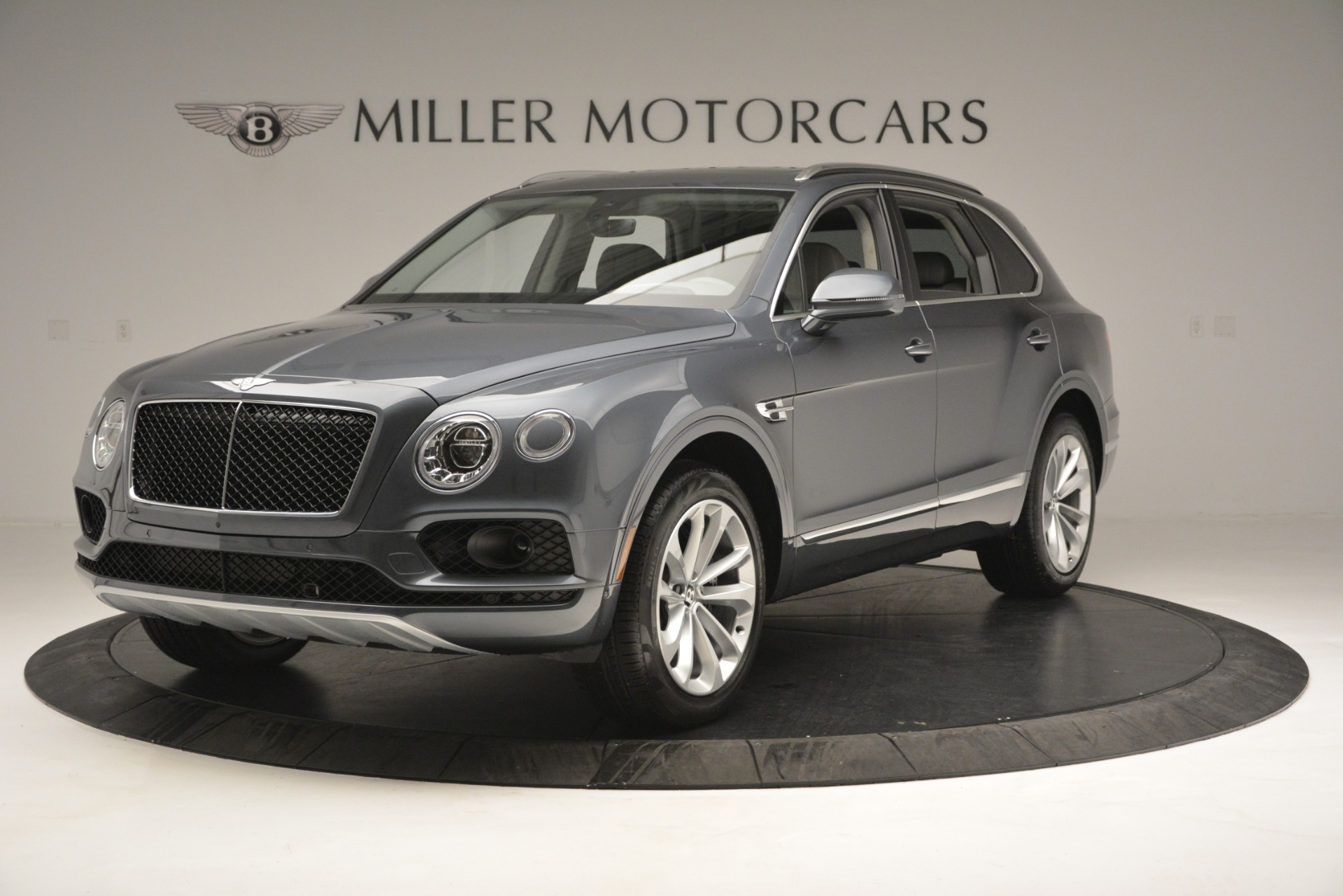 New 2019 Bentley Bentayga V8 For Sale In Westport, CT 2828_main