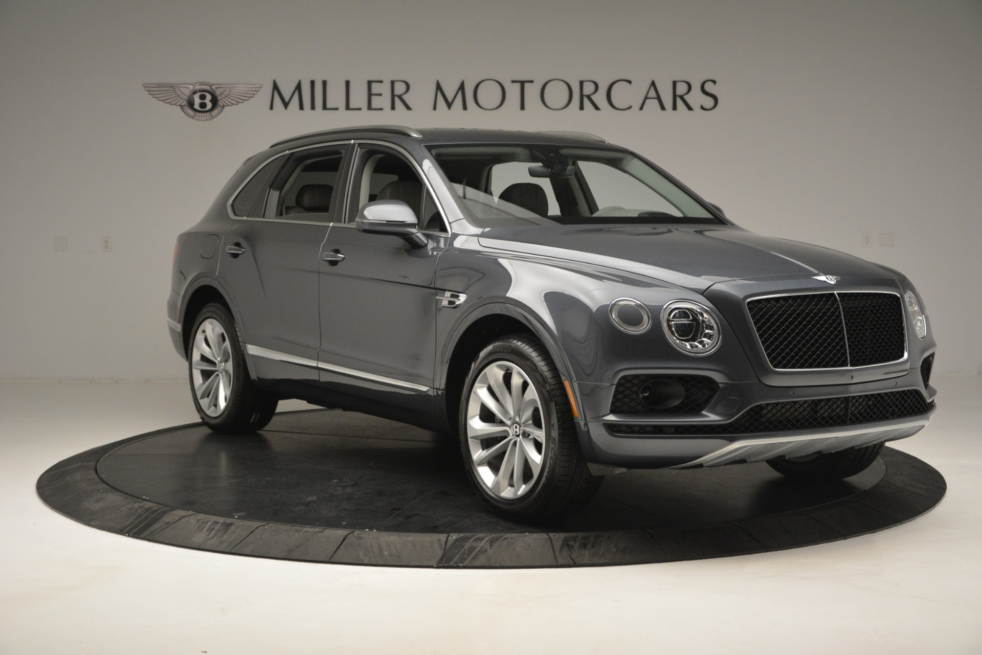New 2019 Bentley Bentayga V8 For Sale In Westport, CT 2828_p11