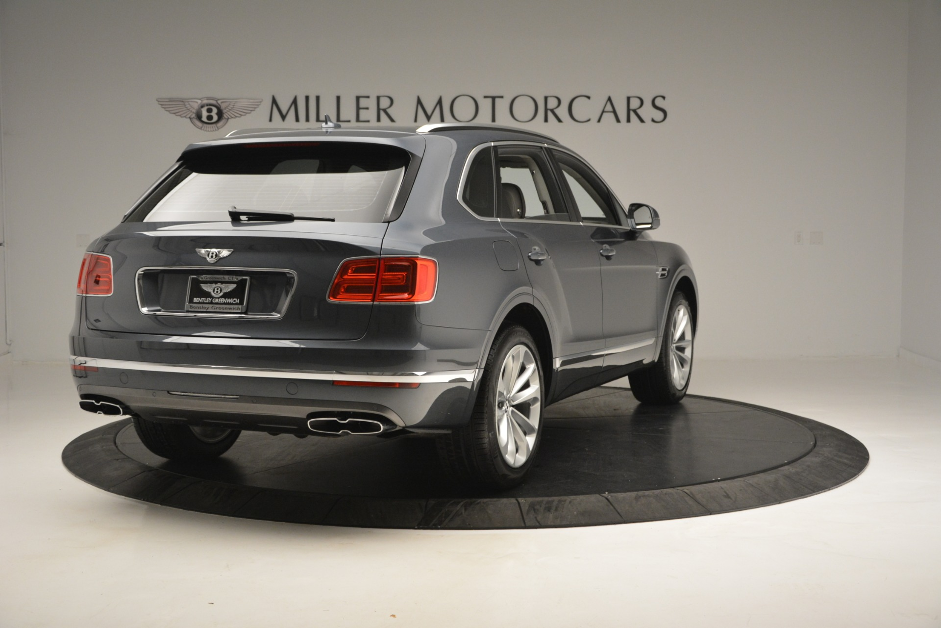 New 2019 Bentley Bentayga V8 For Sale In Westport, CT 2828_p7