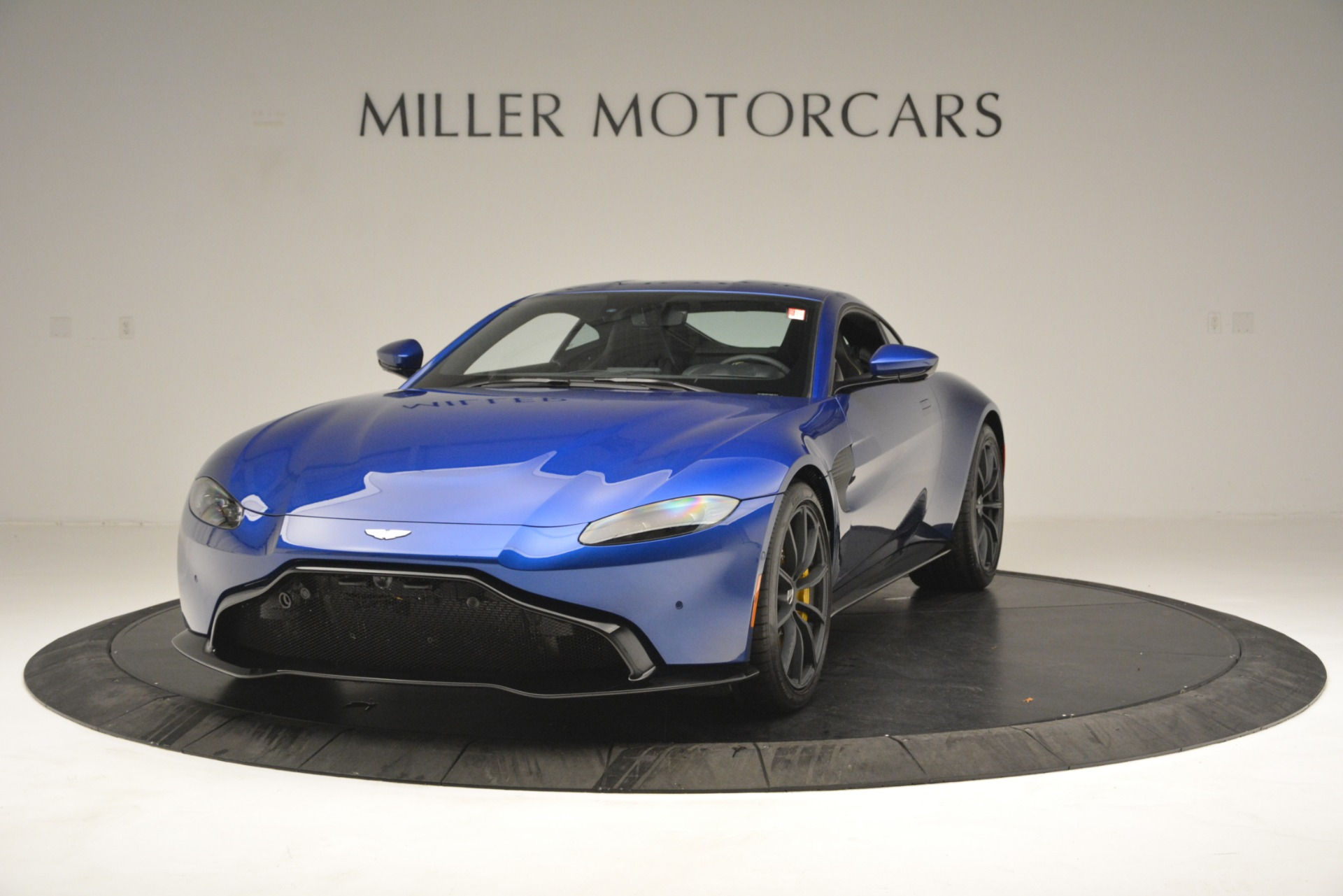 New 2019 Aston Martin Vantage  For Sale In Westport, CT 2831_main
