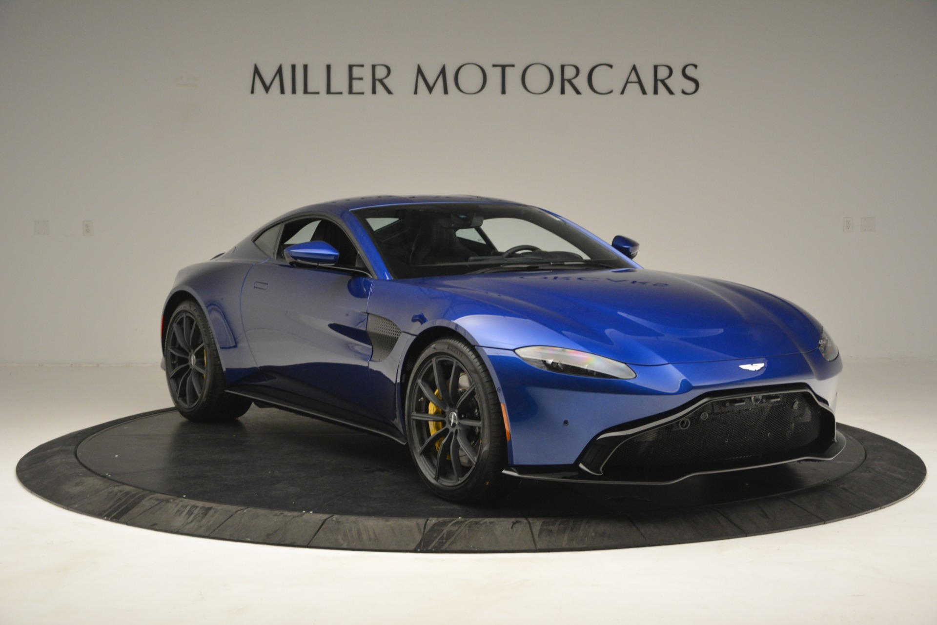 New 2019 Aston Martin Vantage  For Sale In Westport, CT 2831_p11