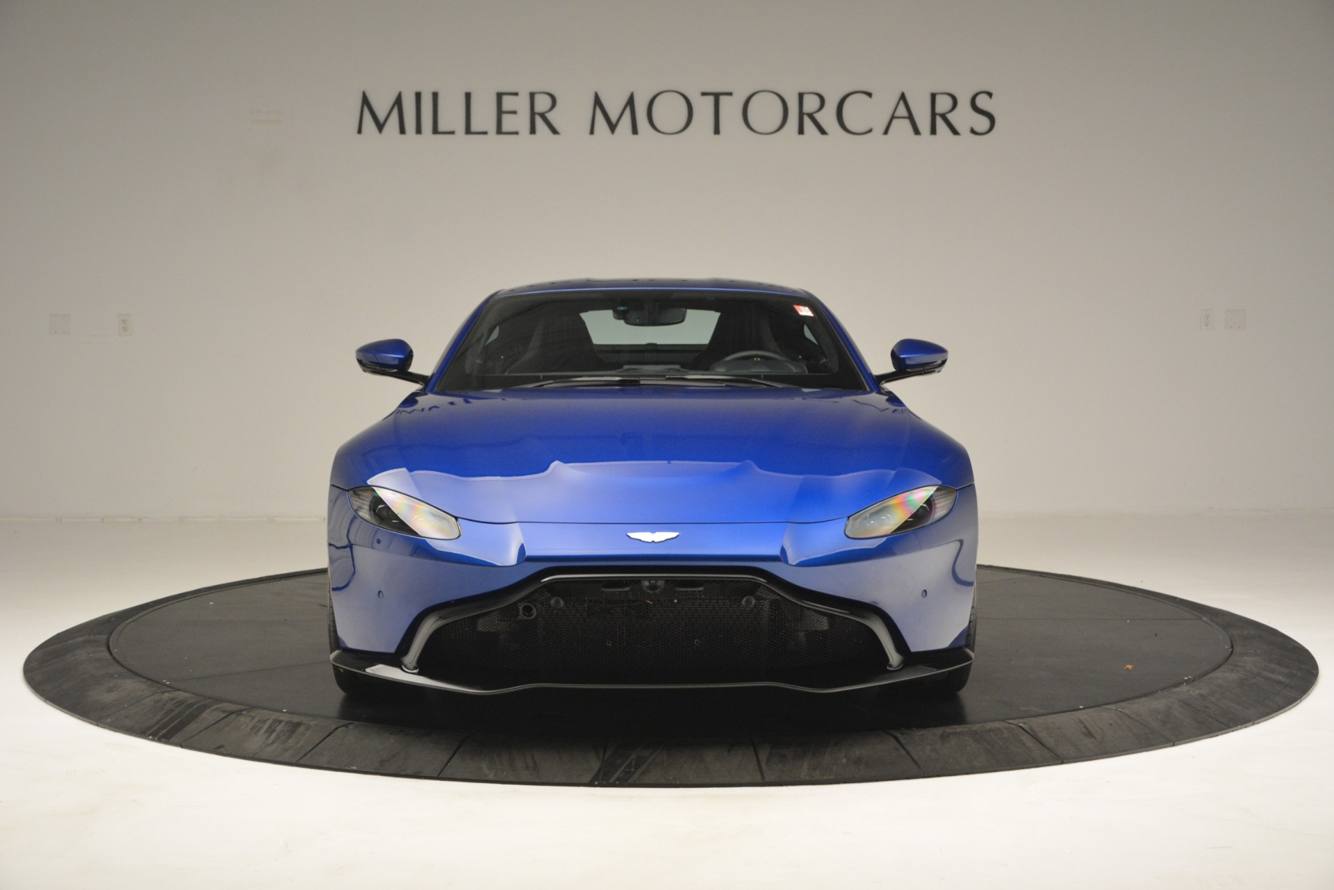 New 2019 Aston Martin Vantage  For Sale In Westport, CT 2831_p12