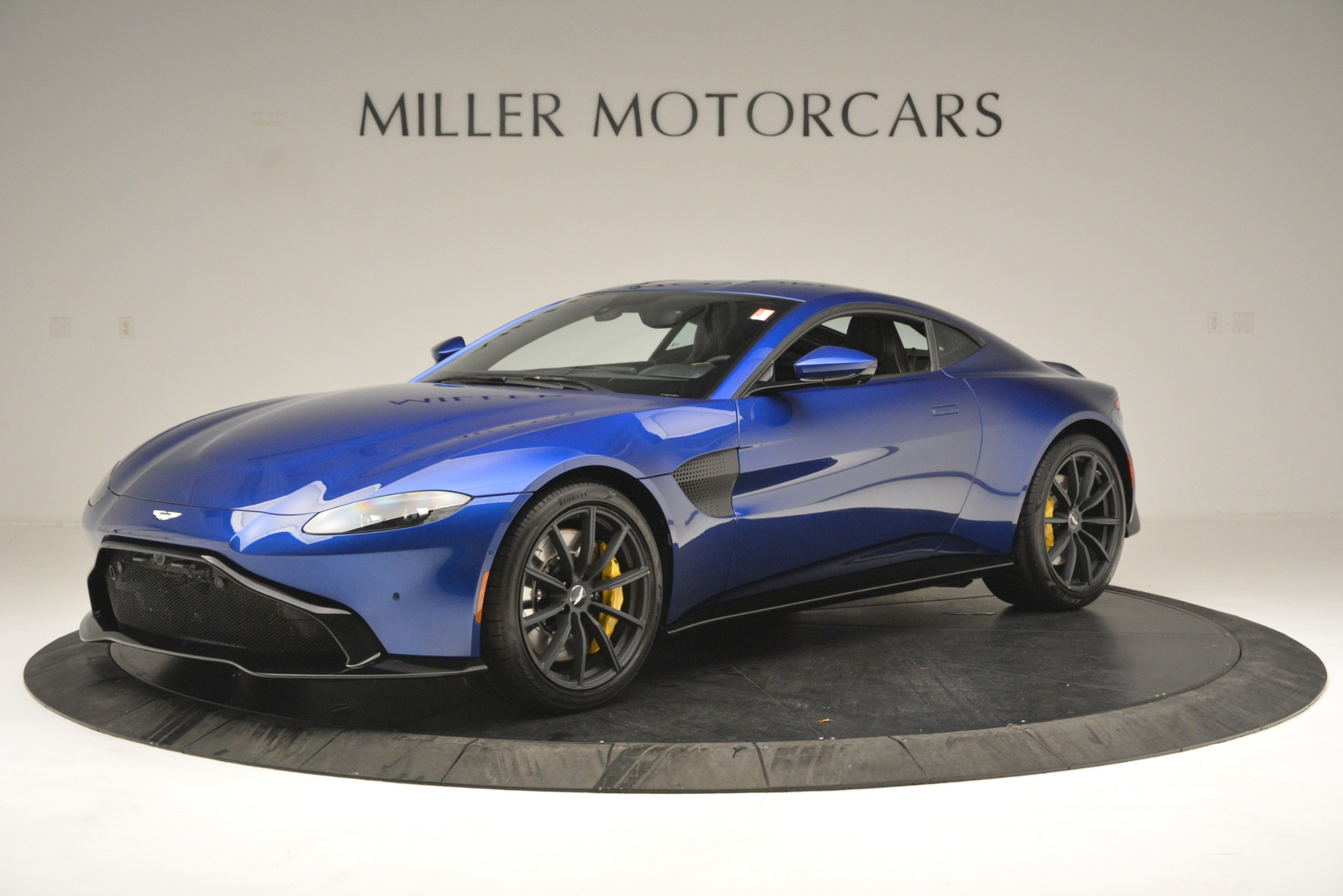 New 2019 Aston Martin Vantage  For Sale In Westport, CT 2831_p2