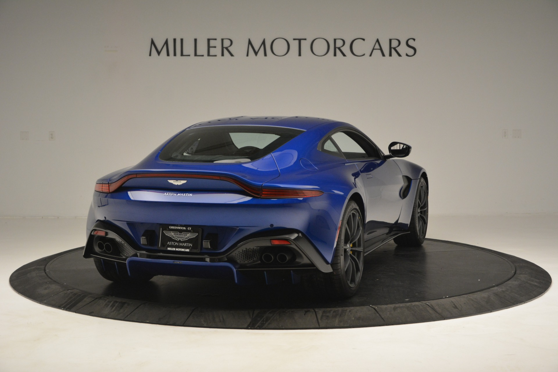 New 2019 Aston Martin Vantage  For Sale In Westport, CT 2831_p7