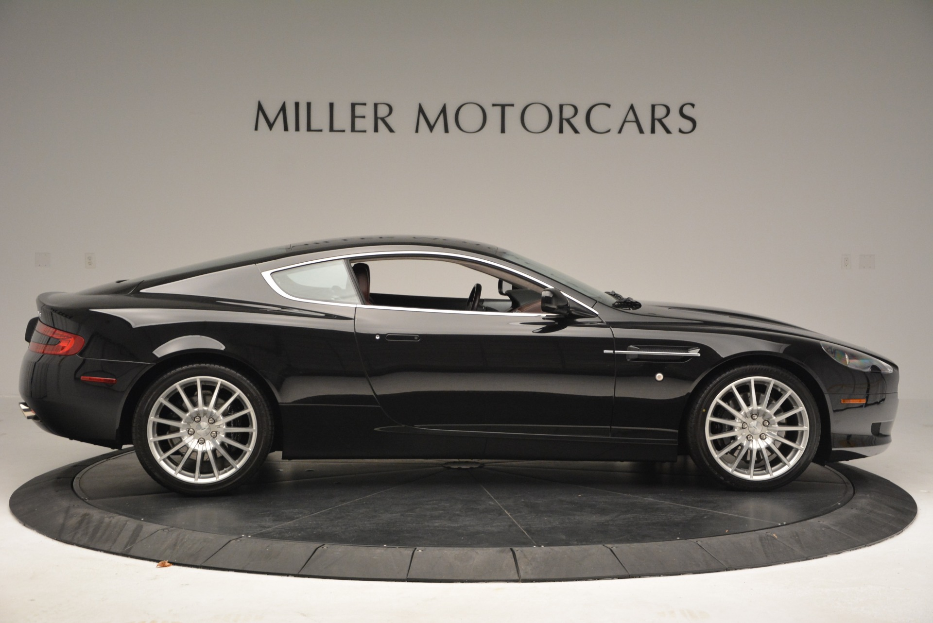 Used 2006 Aston Martin DB9 Coupe For Sale In Westport, CT 2832_p9