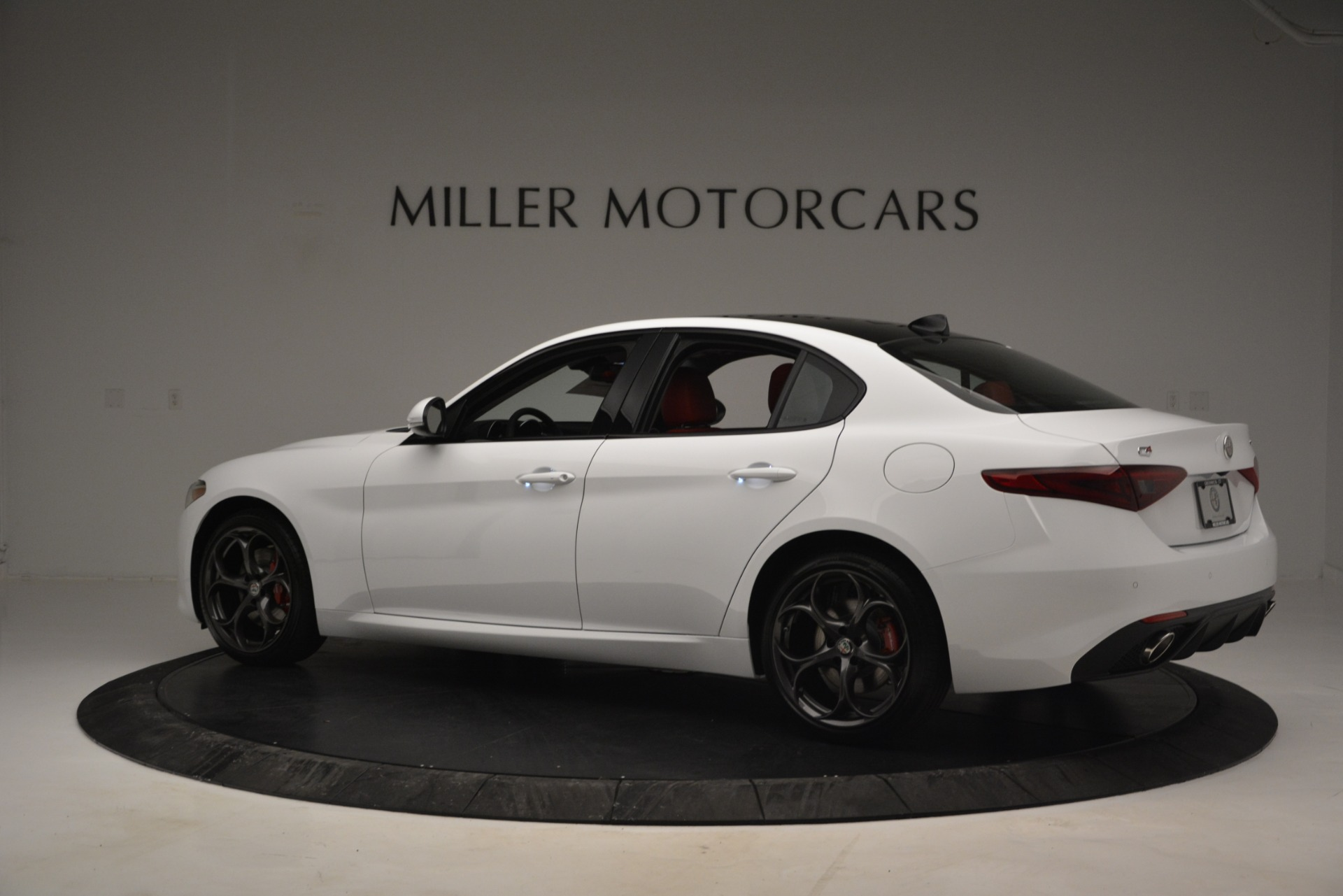 New 2019 Alfa Romeo Giulia Ti Sport Q4 For Sale In Westport, CT 2834_p4