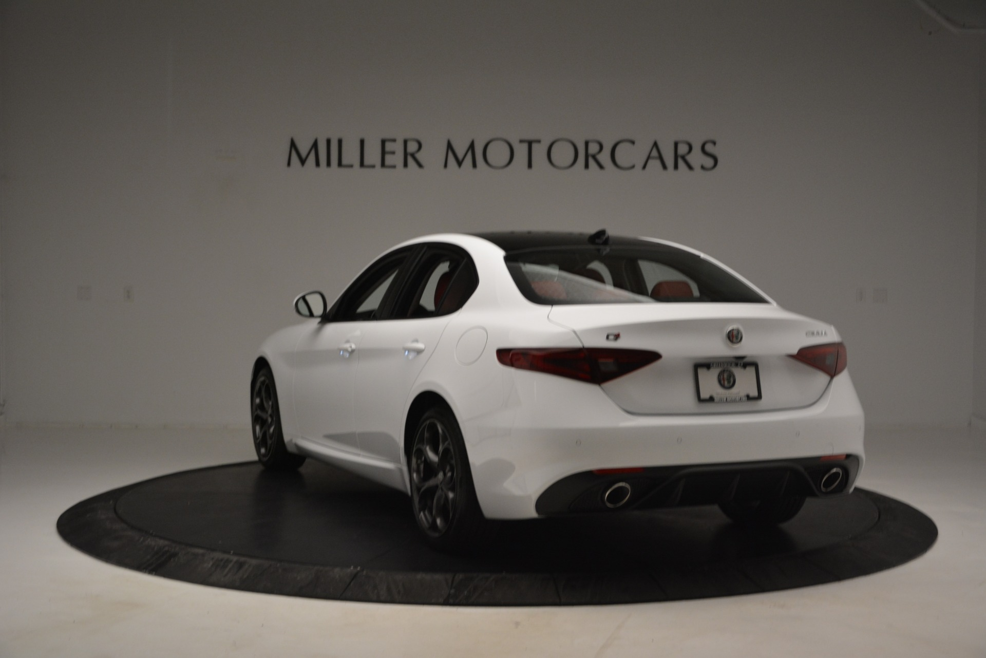 New 2019 Alfa Romeo Giulia Ti Sport Q4 For Sale In Westport, CT 2834_p5