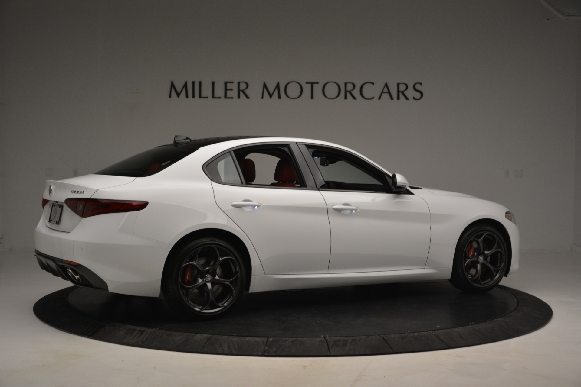 New 2019 Alfa Romeo Giulia Ti Sport Q4 For Sale In Westport, CT 2834_p8