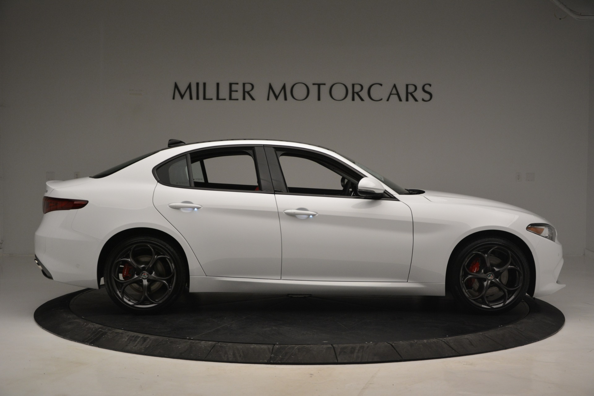 New 2019 Alfa Romeo Giulia Ti Sport Q4 For Sale In Westport, CT 2834_p9