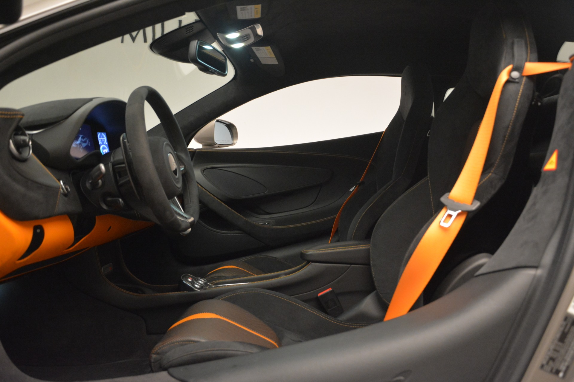 Used 2017 McLaren 570S Coupe For Sale In Westport, CT 2842_p16