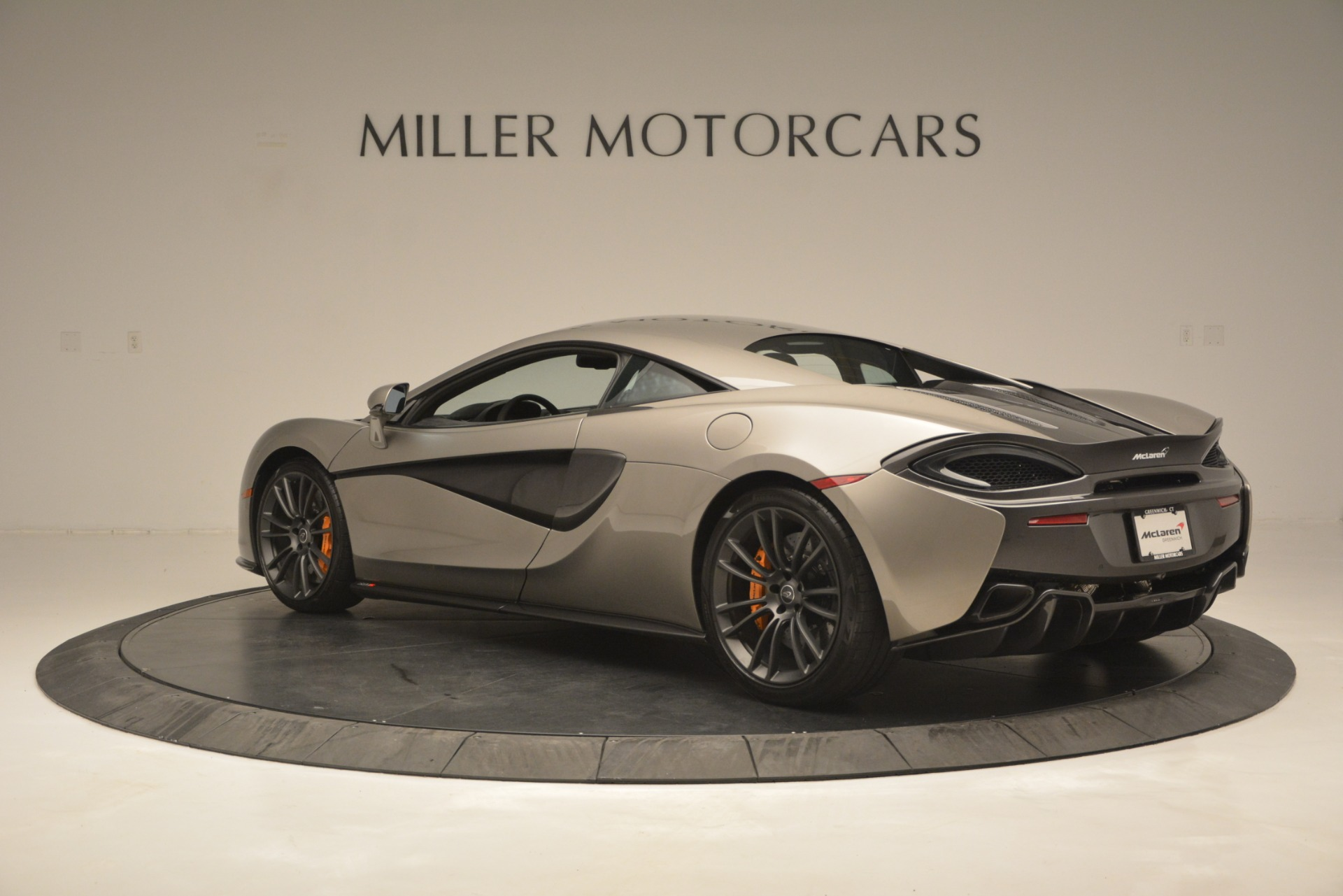 Used 2017 McLaren 570S Coupe For Sale In Westport, CT 2842_p4