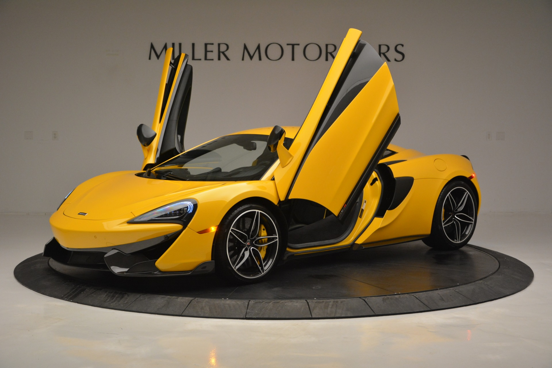 Used 2017 McLaren 570S  For Sale In Westport, CT 2843_p14