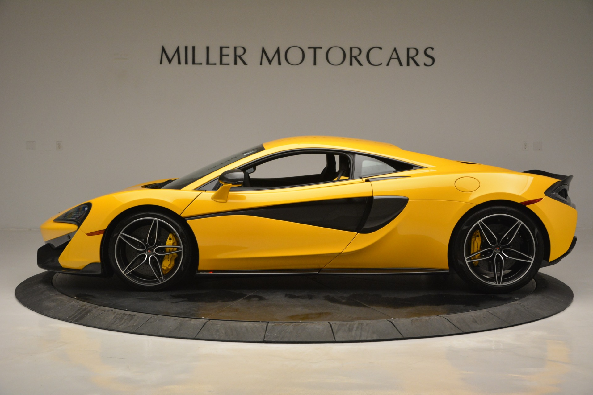 Used 2017 McLaren 570S  For Sale In Westport, CT 2843_p3