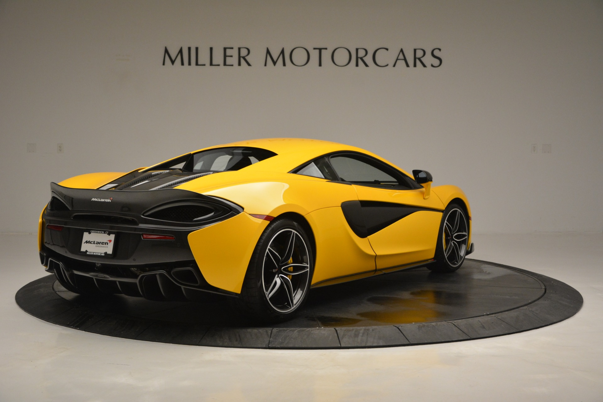 Used 2017 McLaren 570S  For Sale In Westport, CT 2843_p7
