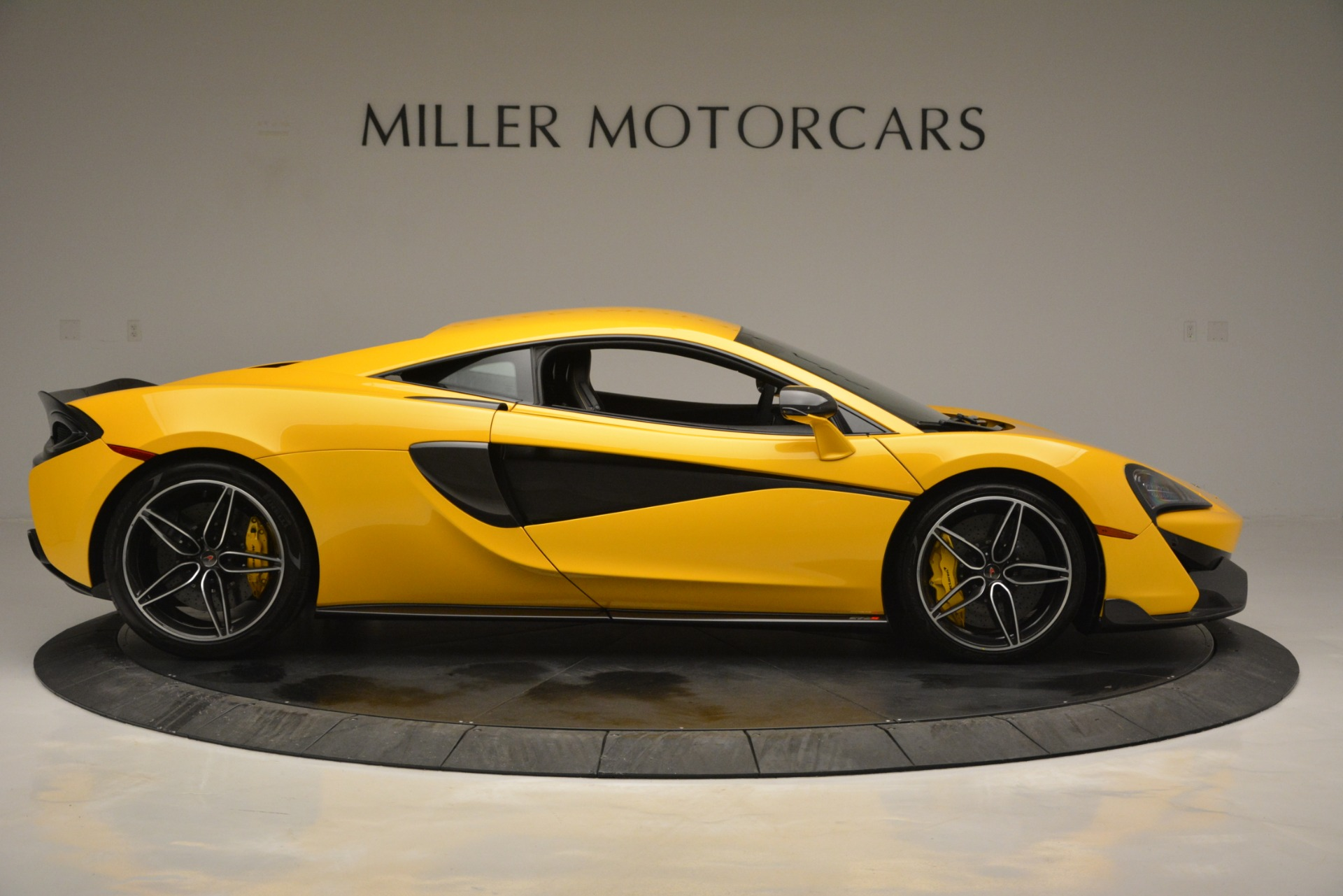 Used 2017 McLaren 570S  For Sale In Westport, CT 2843_p9