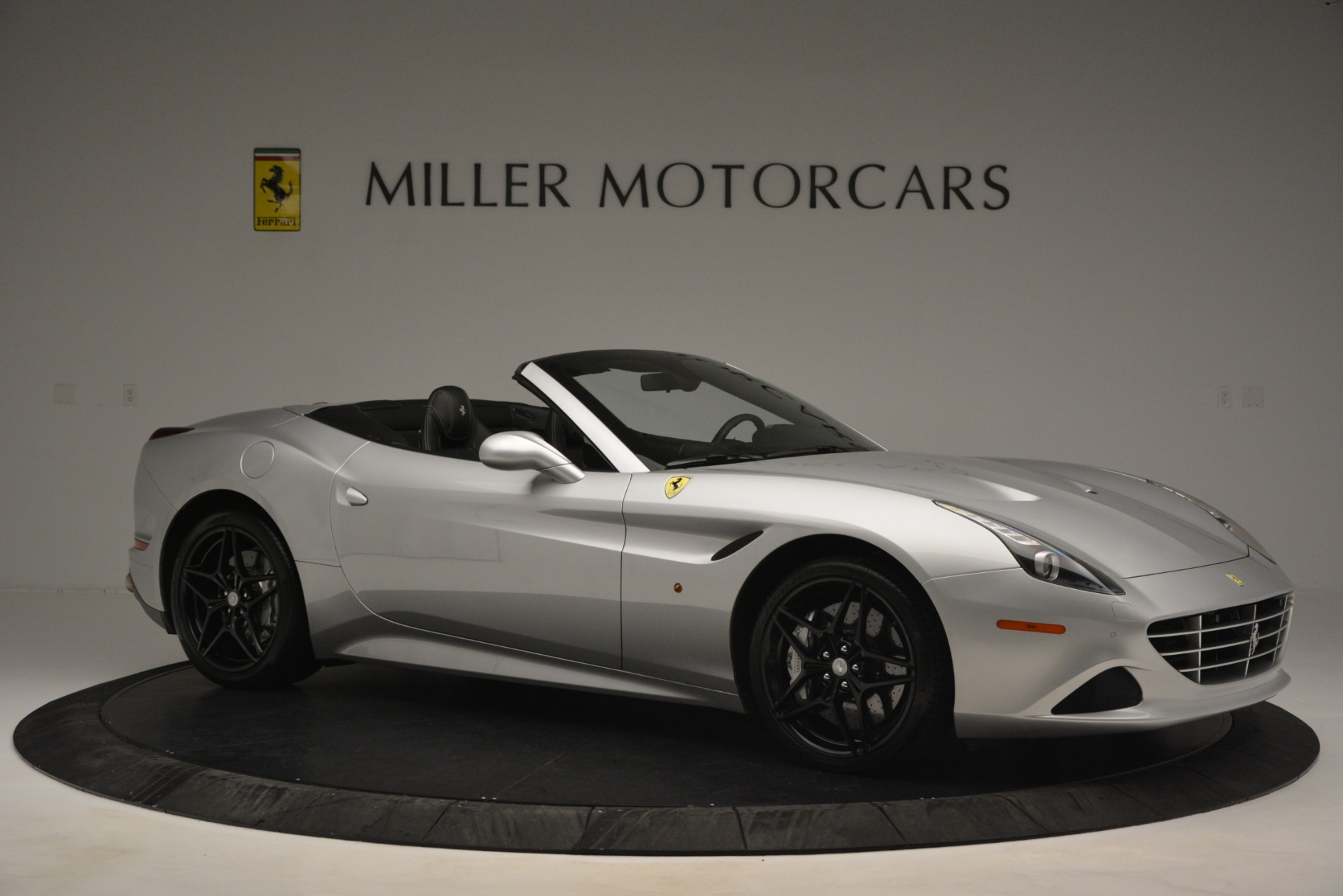 Used 2015 Ferrari California T  For Sale In Westport, CT 2846_p10