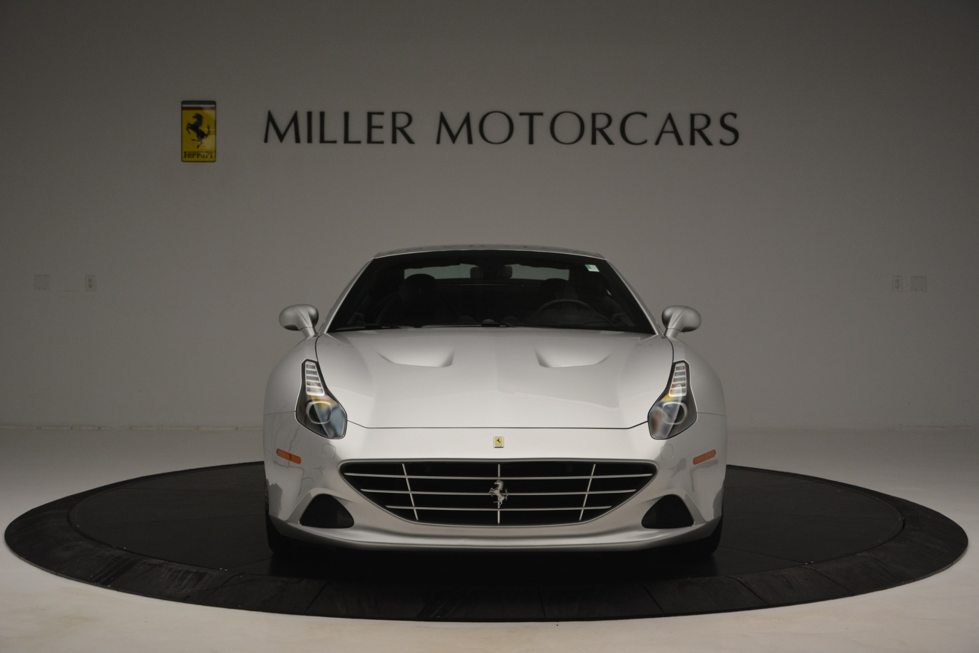 Used 2015 Ferrari California T  For Sale In Westport, CT 2846_p24