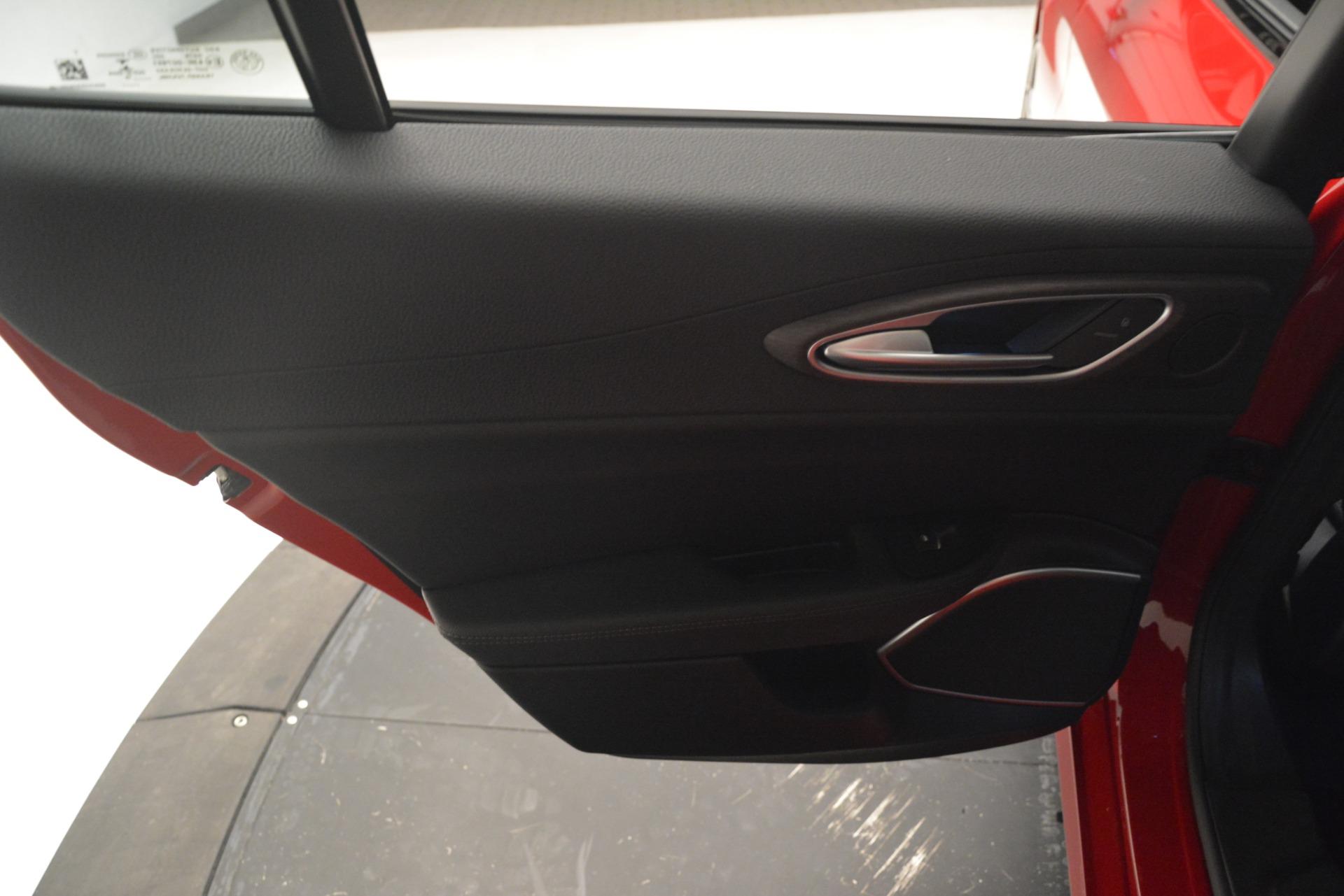 New 2019 Alfa Romeo Giulia Ti Q4 For Sale In Westport, CT 2853_p19