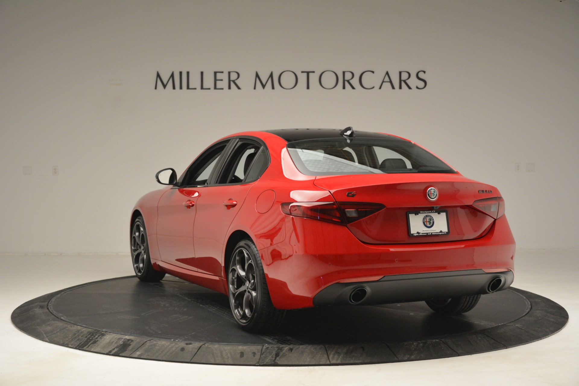 New 2019 Alfa Romeo Giulia Ti Q4 For Sale In Westport, CT 2853_p5