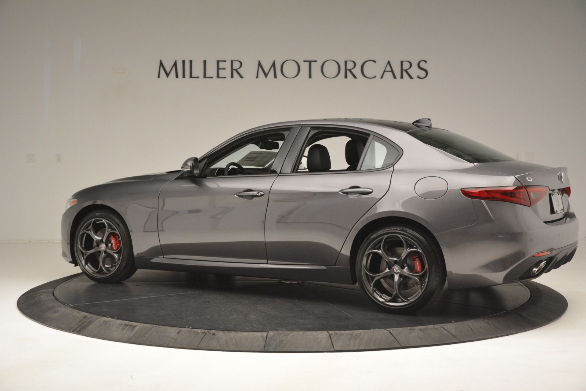 New 2019 Alfa Romeo Giulia Ti Sport Q4 For Sale In Westport, CT 2857_p4