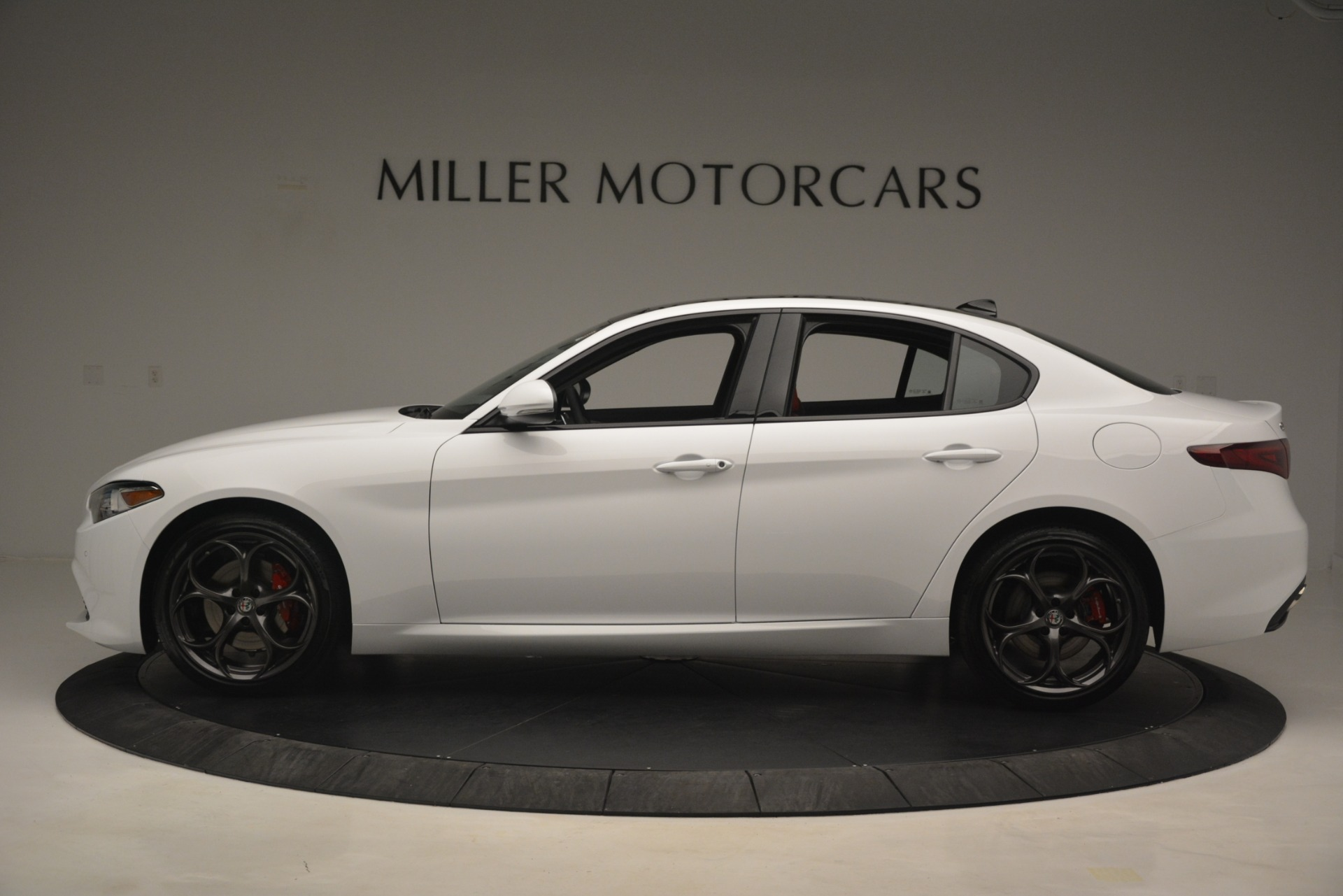 New 2019 Alfa Romeo Giulia Ti Sport Q4 For Sale In Westport, CT 2861_p3