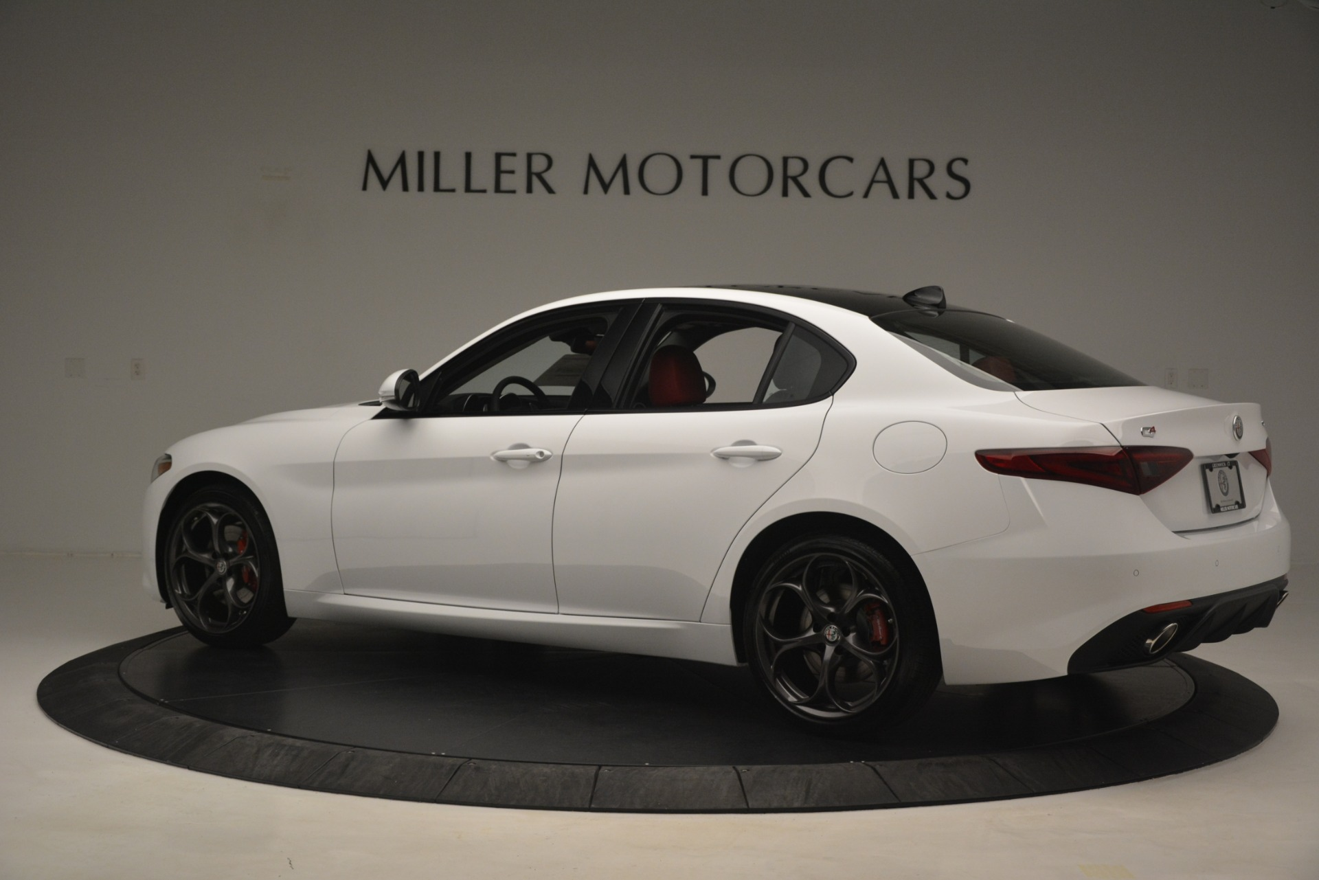 New 2019 Alfa Romeo Giulia Ti Sport Q4 For Sale In Westport, CT 2861_p4