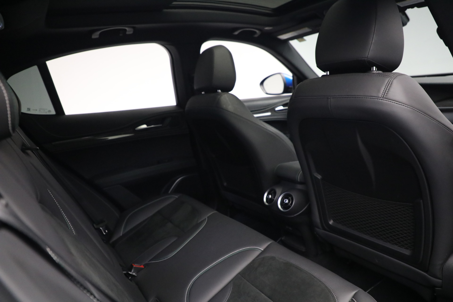 New 2019 Alfa Romeo Stelvio Quadrifoglio For Sale In Westport, CT 2867_p28