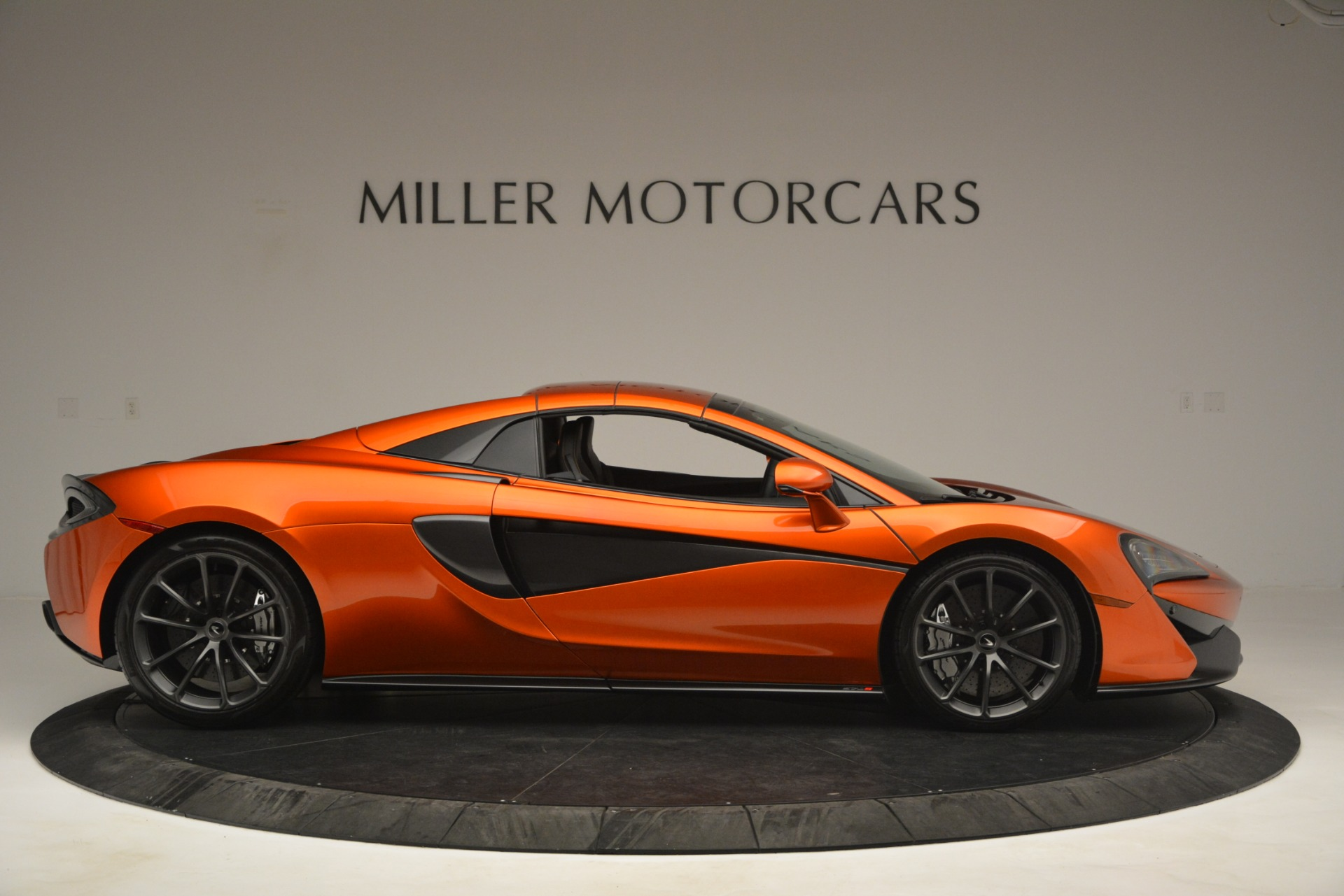 New 2019 McLaren 570S Spider Convertible For Sale In Westport, CT 2872_p20