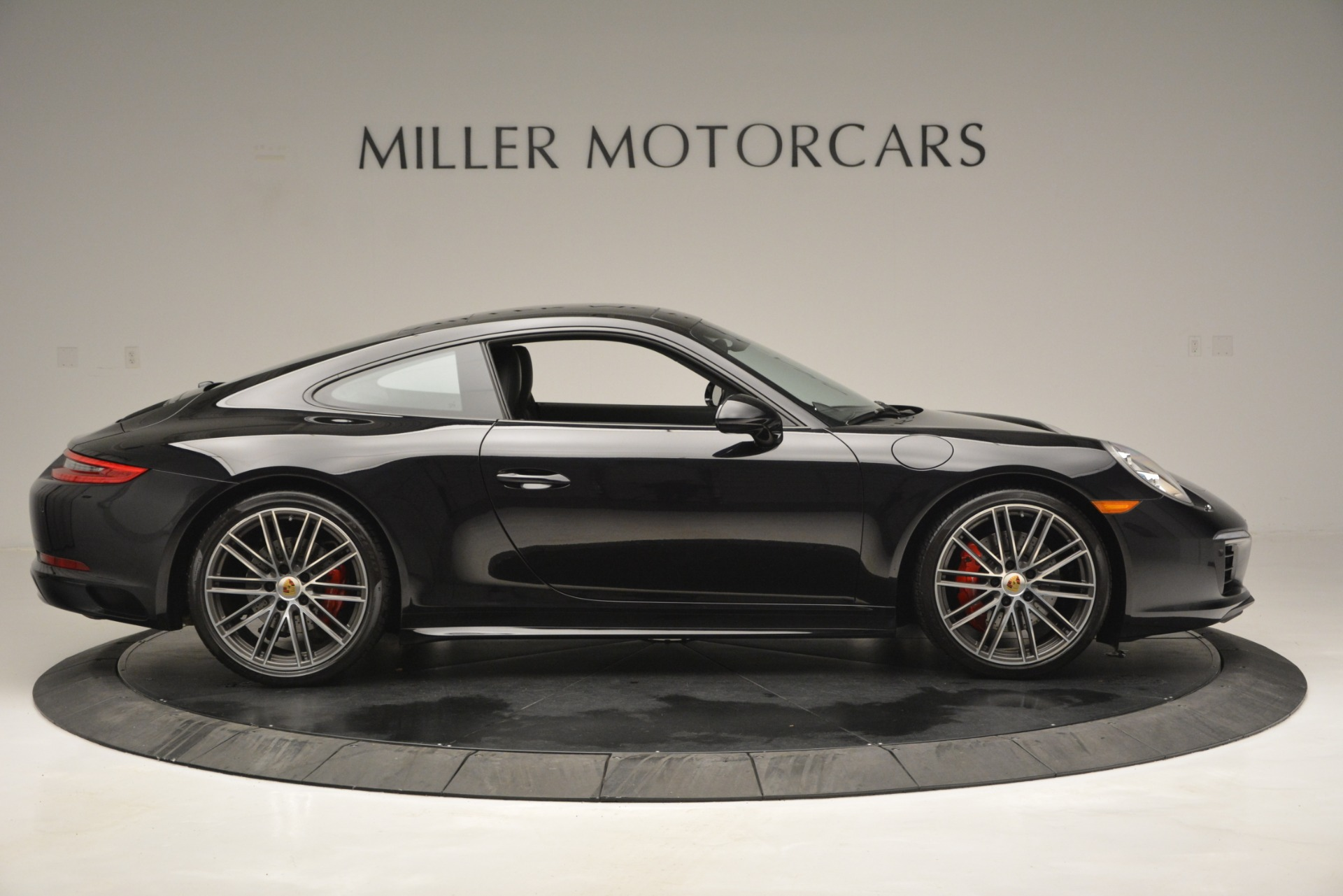 Used 2017 Porsche 911 Carrera 4S For Sale In Westport, CT 2887_p9