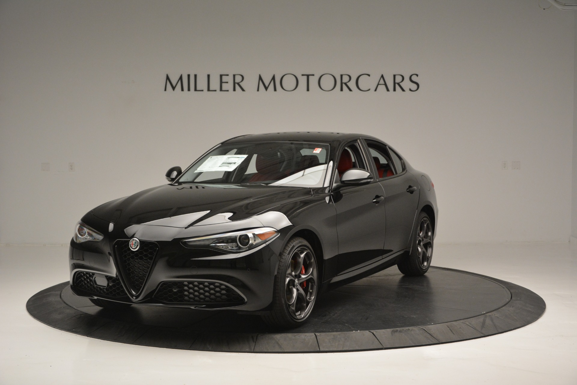 New 2019 Alfa Romeo Giulia Q4 For Sale In Westport, CT 2892_main
