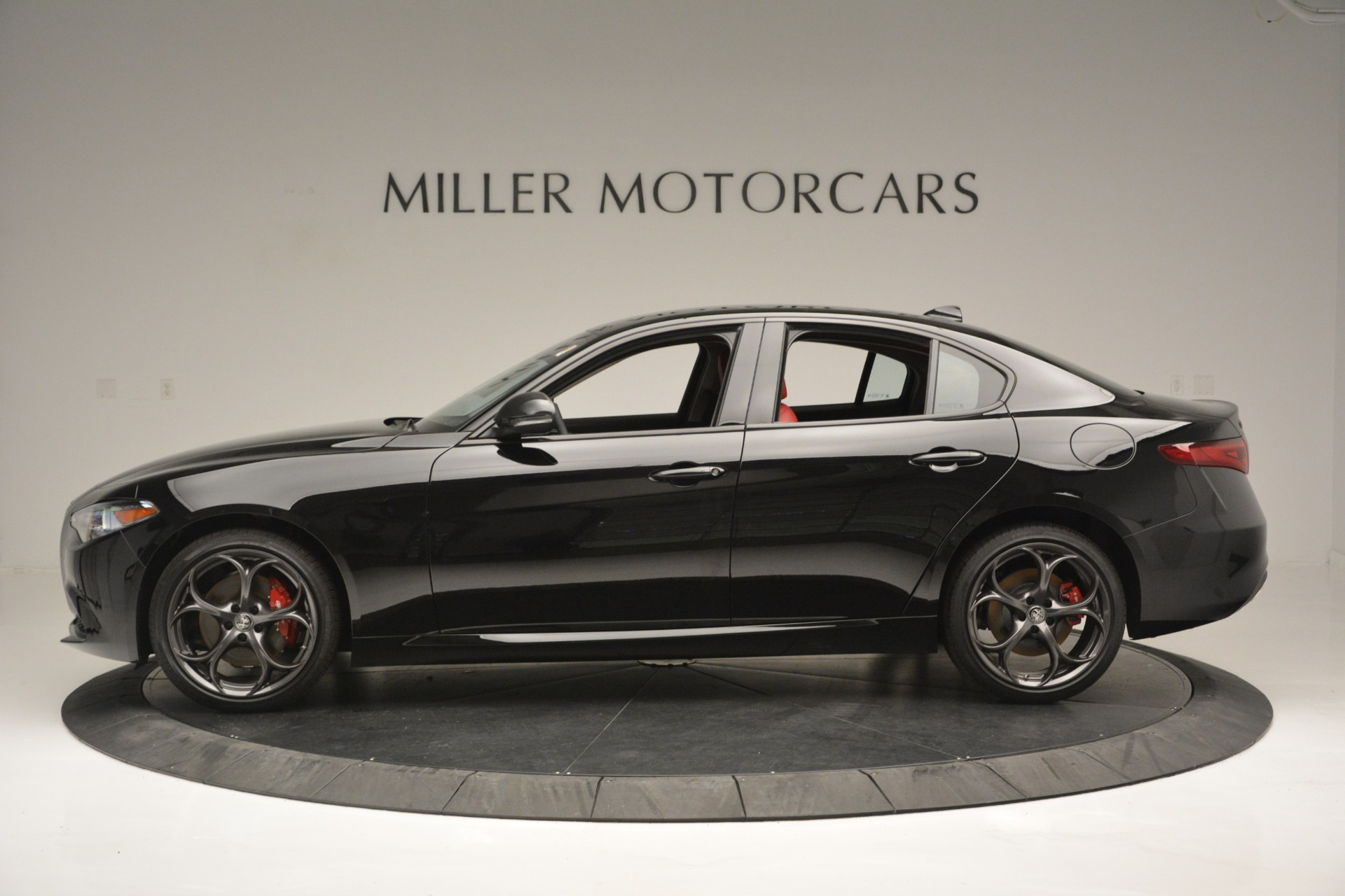 New 2019 Alfa Romeo Giulia Q4 For Sale In Westport, CT 2892_p3