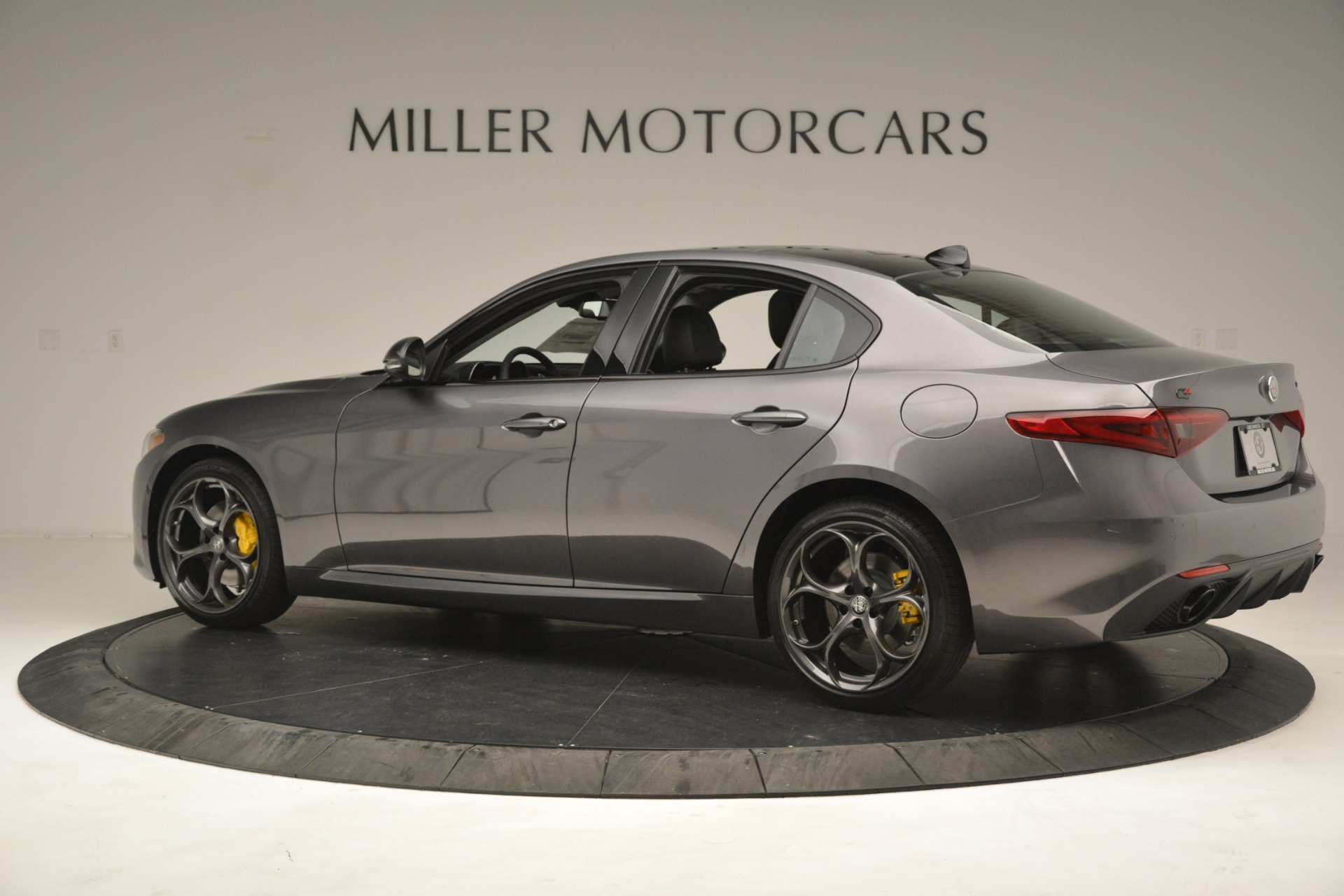 New 2019 Alfa Romeo Giulia Sport Q4 For Sale In Westport, CT 2893_p4