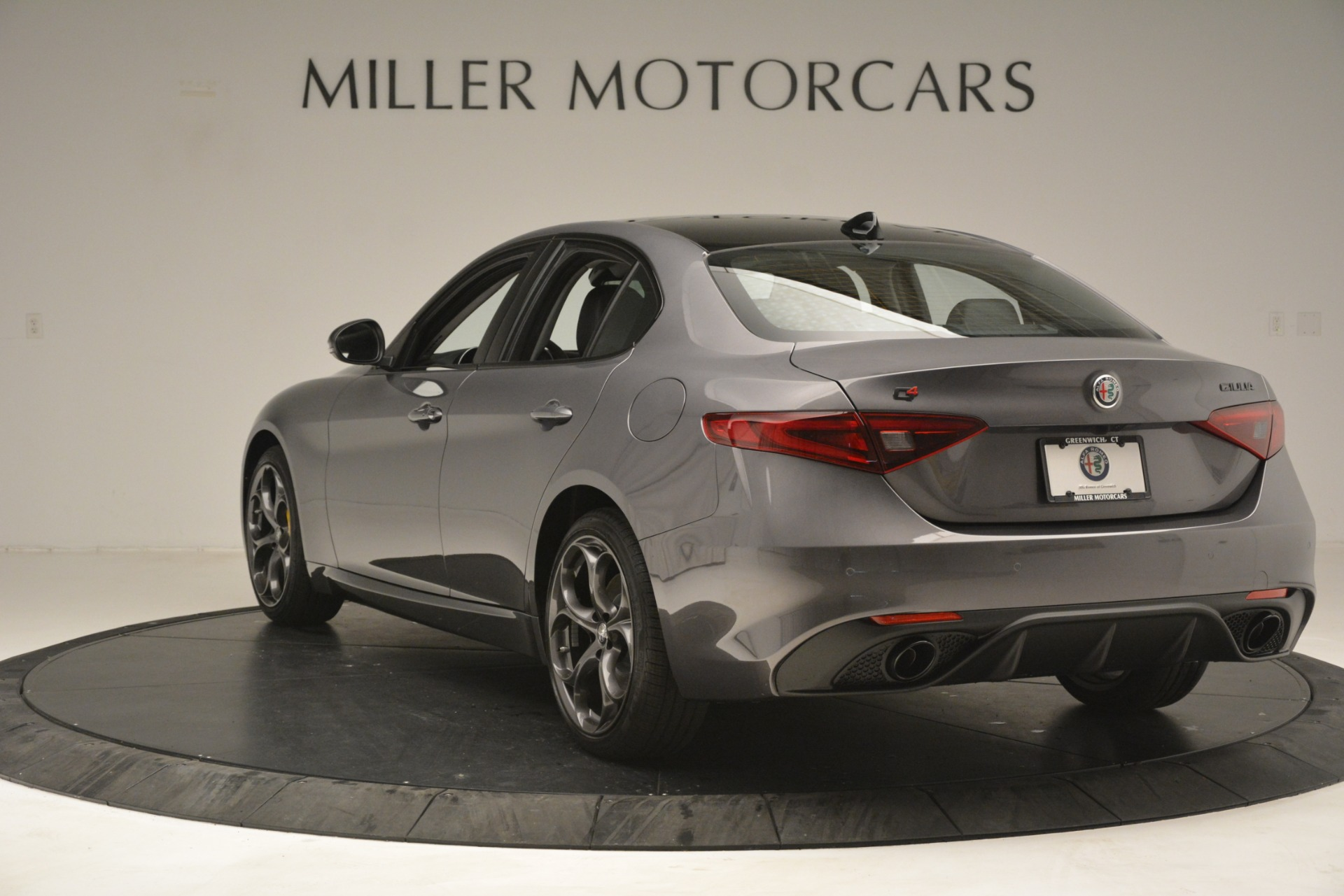 New 2019 Alfa Romeo Giulia Sport Q4 For Sale In Westport, CT 2893_p5
